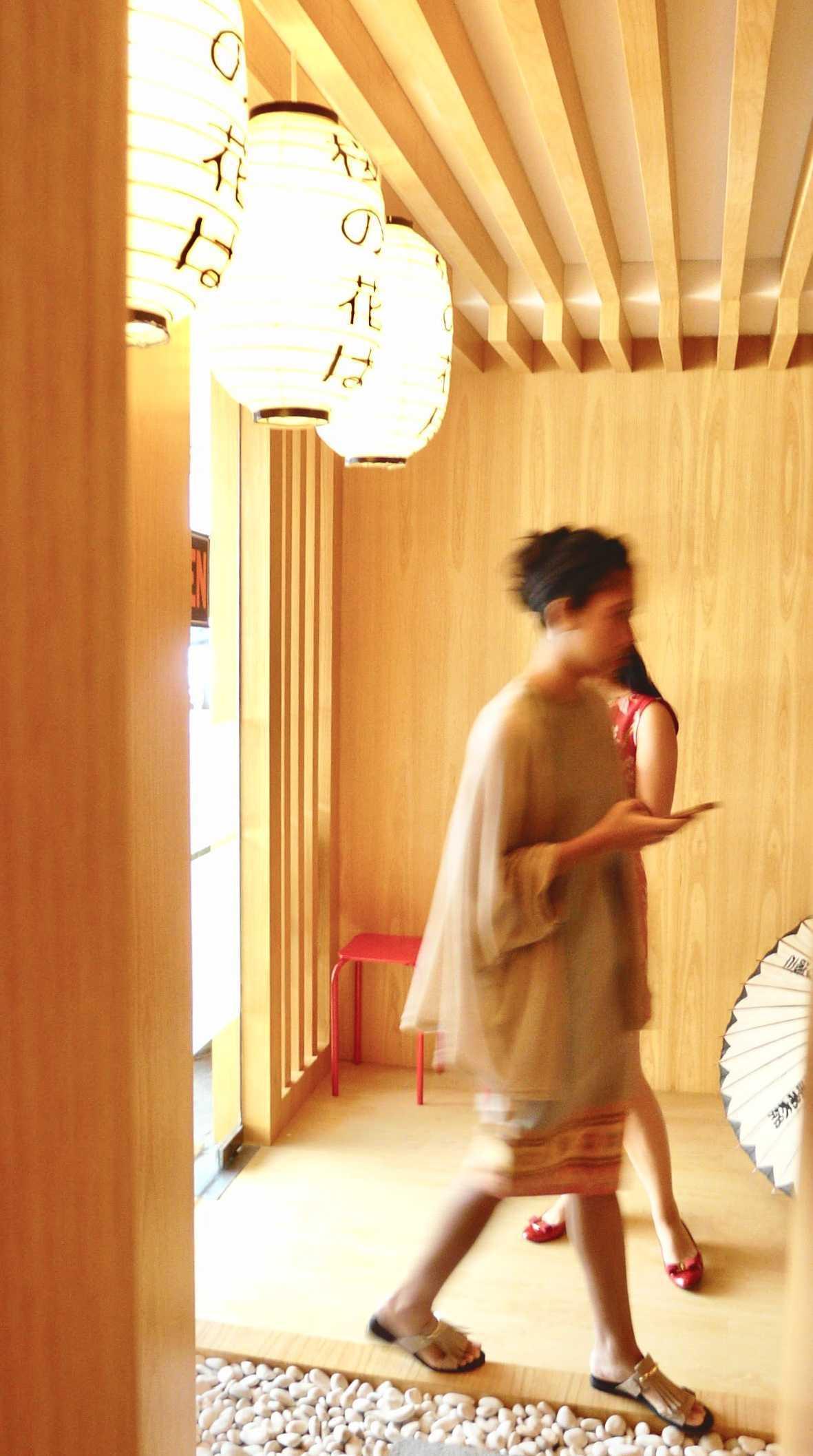 Einhaus Dondon Japanese Donburi Jl. Metro Pondok Indah, Pd. Pinang, Kby. Lama, Kota Jakarta Selatan, Daerah Khusus Ibukota Jakarta, Indonesia Jl. Metro Pondok Indah, Pd. Pinang, Kby. Lama, Kota Jakarta Selatan, Daerah Khusus Ibukota Jakarta, Indonesia Einhaus-Dondon-Japanese-Donburi   55632
