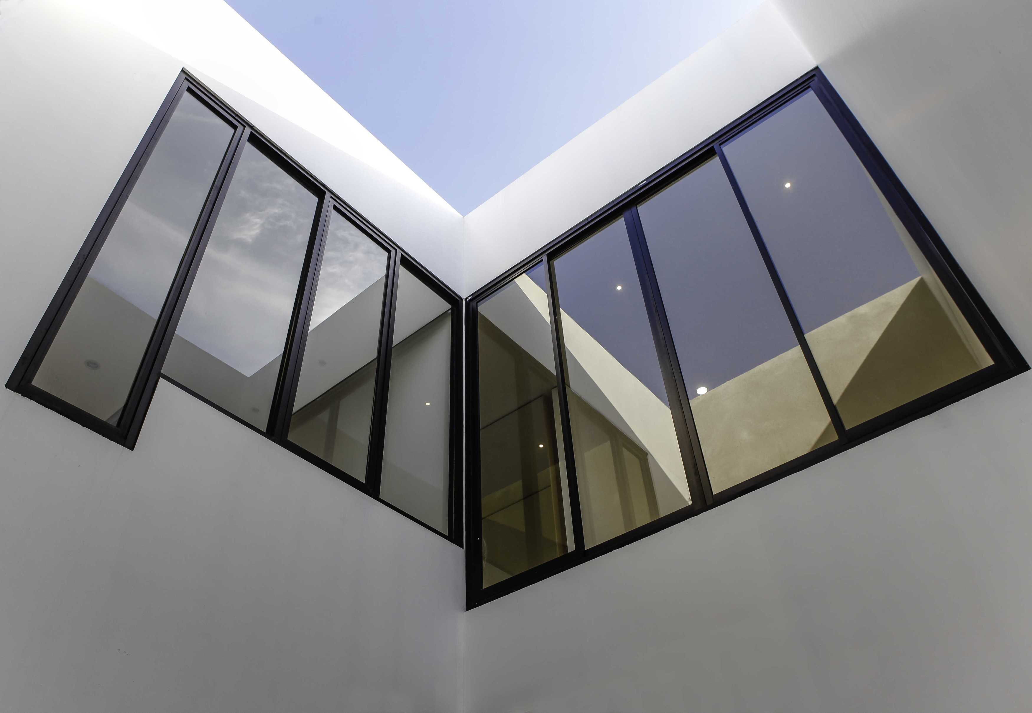 Design Intervention Ta House Jakarta, Daerah Khusus Ibukota Jakarta, Indonesia Jakarta, Daerah Khusus Ibukota Jakarta, Indonesia Design-Intervention-Ta-House   71093