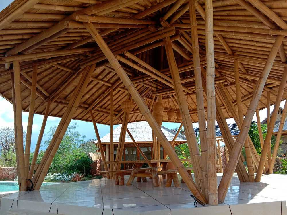 Studio Wna Contemporary Sumba House Hotel. Sumba Island. Indonesia Kabupaten Sumba Barat Daya, Nusa Tenggara Tim., Indonesia Kabupaten Sumba Barat Daya, Nusa Tenggara Tim., Indonesia Studio-Wna-Contemporary-Sumba-House-Sumba-Island-Indonesia Contemporary <P>Bamboo Lobby Hall</p> 64048