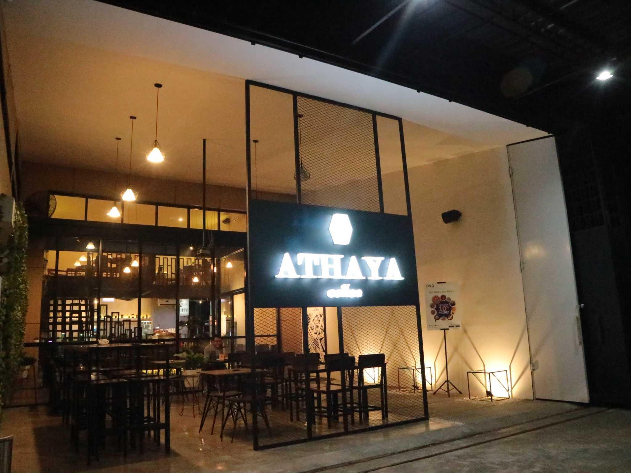 Fau Architects Athaya Coffee Pedurungan, Kota Semarang, Jawa Tengah, Indonesia Pedurungan, Kota Semarang, Jawa Tengah, Indonesia Front Facade Industrial  63388