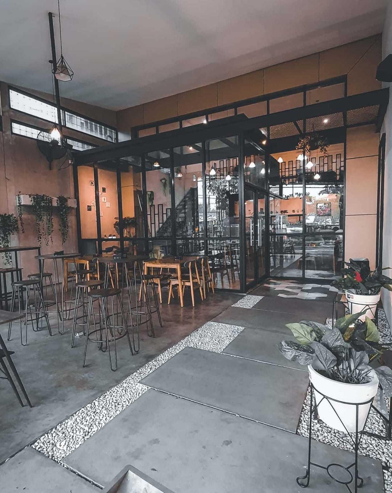Fau Architects Athaya Coffee Pedurungan, Kota Semarang, Jawa Tengah, Indonesia Pedurungan, Kota Semarang, Jawa Tengah, Indonesia Fau-Architects-Athaya-Coffee   109046