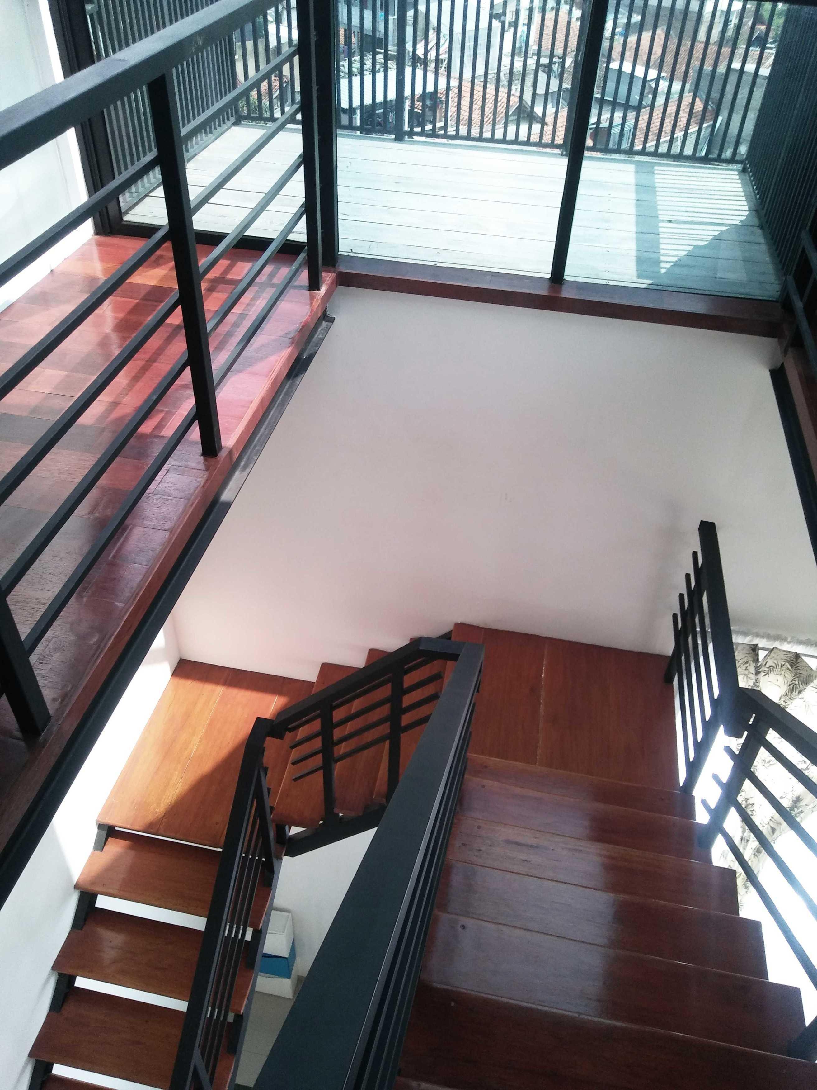 Atelier Ara Rumah Gerlong Bandung, Kota Bandung, Jawa Barat, Indonesia Bandung, Kota Bandung, Jawa Barat, Indonesia Atelier-Ara-Rumah-Gerlong   74331