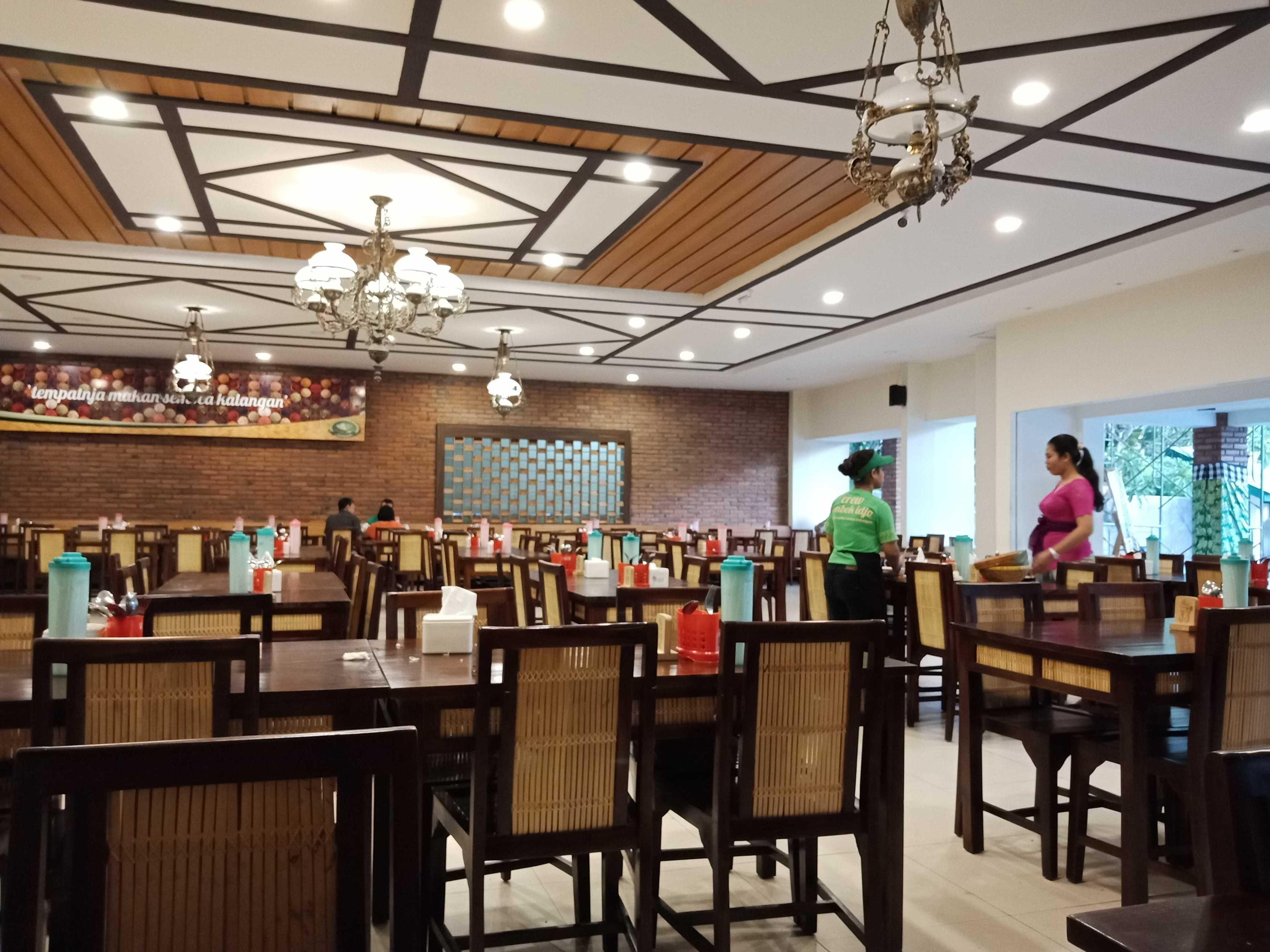 Roku+Architects Restaurant Lombok Idjo Renon Renon, Kec. Denpasar Sel., Kota Denpasar, Bali, Indonesia Renon, Kec. Denpasar Sel., Kota Denpasar, Bali, Indonesia Rokuarchitects-Restaurant-Lombok-Idjo-Renon   115895