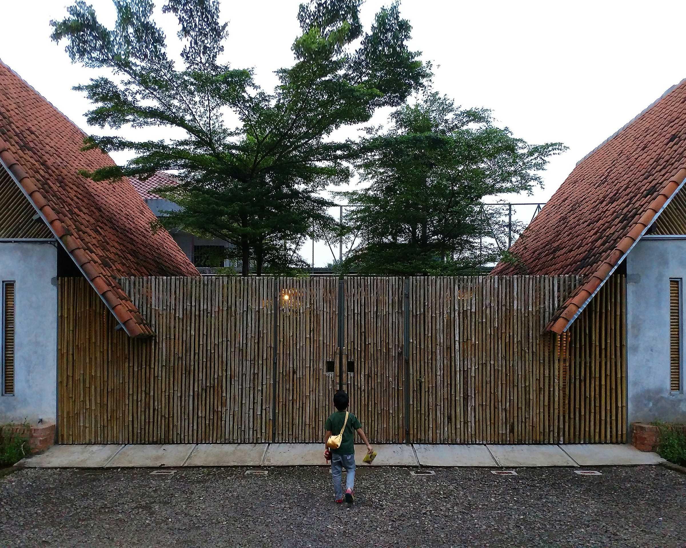Bentara Indonesia Arsitek Paviliun Bentara Jatiasih, Kota Bks, Jawa Barat, Indonesia Jatiasih, Kota Bks, Jawa Barat, Indonesia Bentara-Indonesia-Arsitek-Paviliun-Bentara   65893