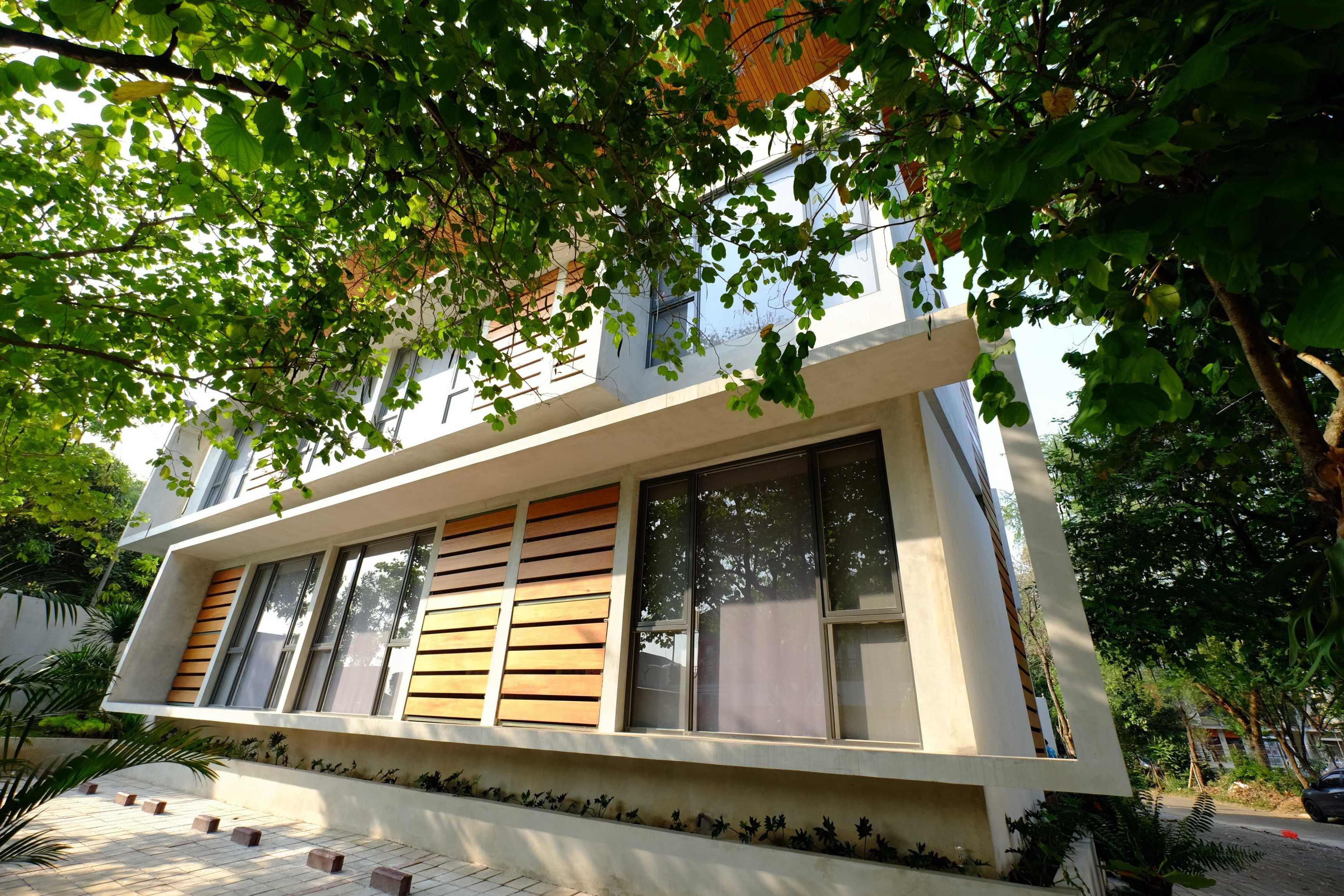 Gohte Architects The Lodge Lippo Karawaci, Binong, Kec. Curug, Tangerang, Banten, Indonesia Lippo Karawaci, Binong, Kec. Curug, Tangerang, Banten, Indonesia Gohte-Architects-The-Lodge   96608