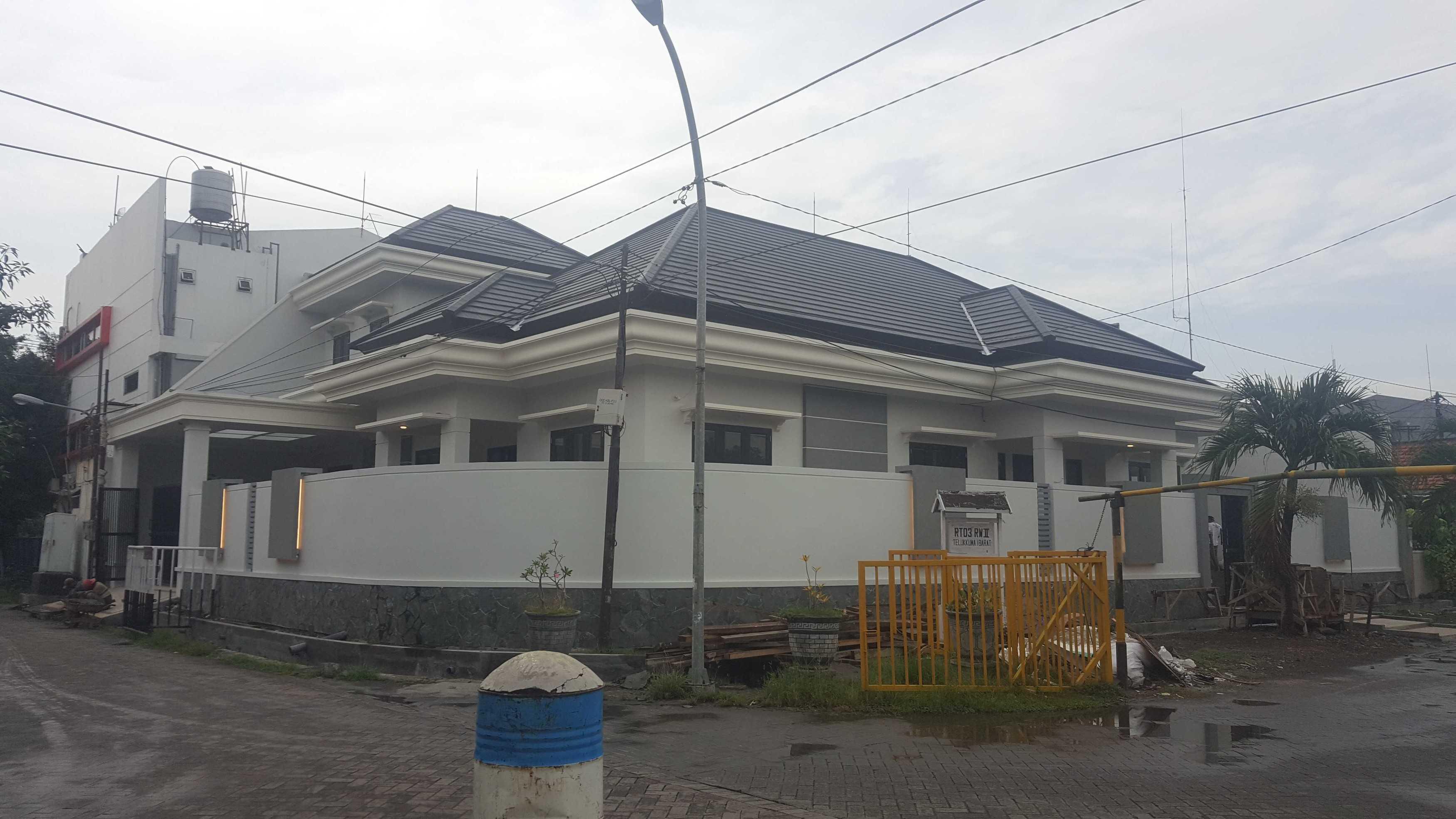 Abdullah,st Rumah Pribadi 1,5 Lantai Surabaya, Kota Sby, Jawa Timur, Indonesia Surabaya, Kota Sby, Jawa Timur, Indonesia Abdullah-Rumah-Pribadi-15-Lantai Modern  67120
