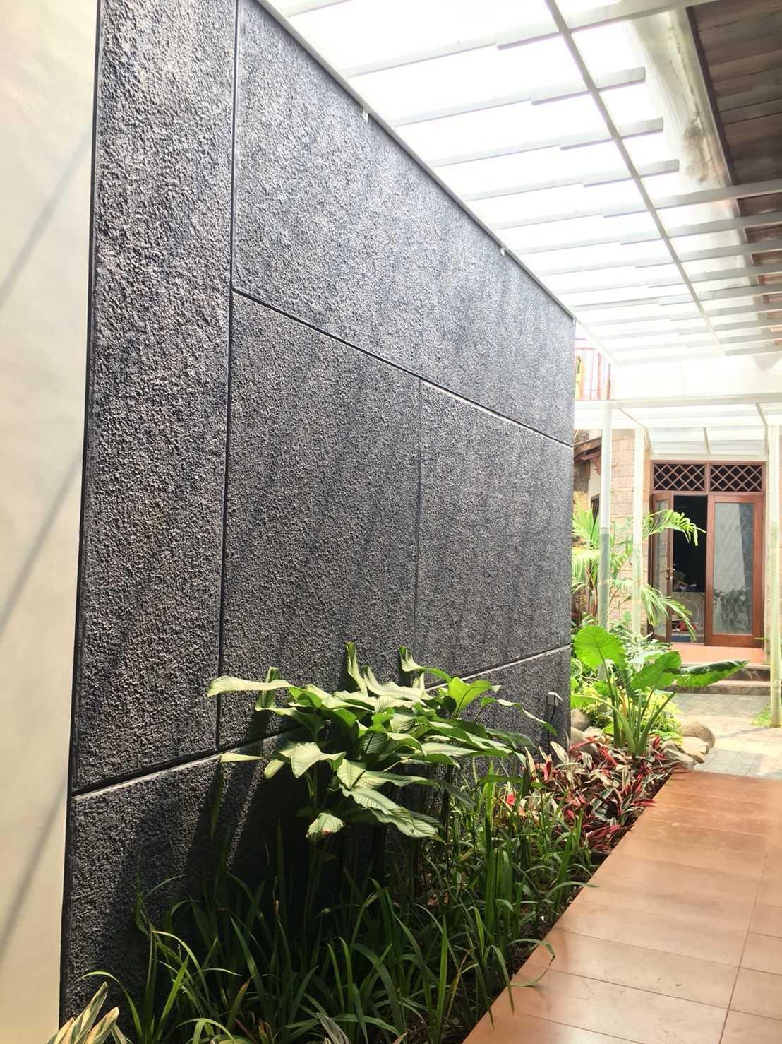 Ho.la Studio Arsitektur K House Bekasi Bar., Kota Bks, Jawa Barat, Indonesia Bekasi Bar., Kota Bks, Jawa Barat, Indonesia Hola-Studio-Arsitektur-K-House   68923