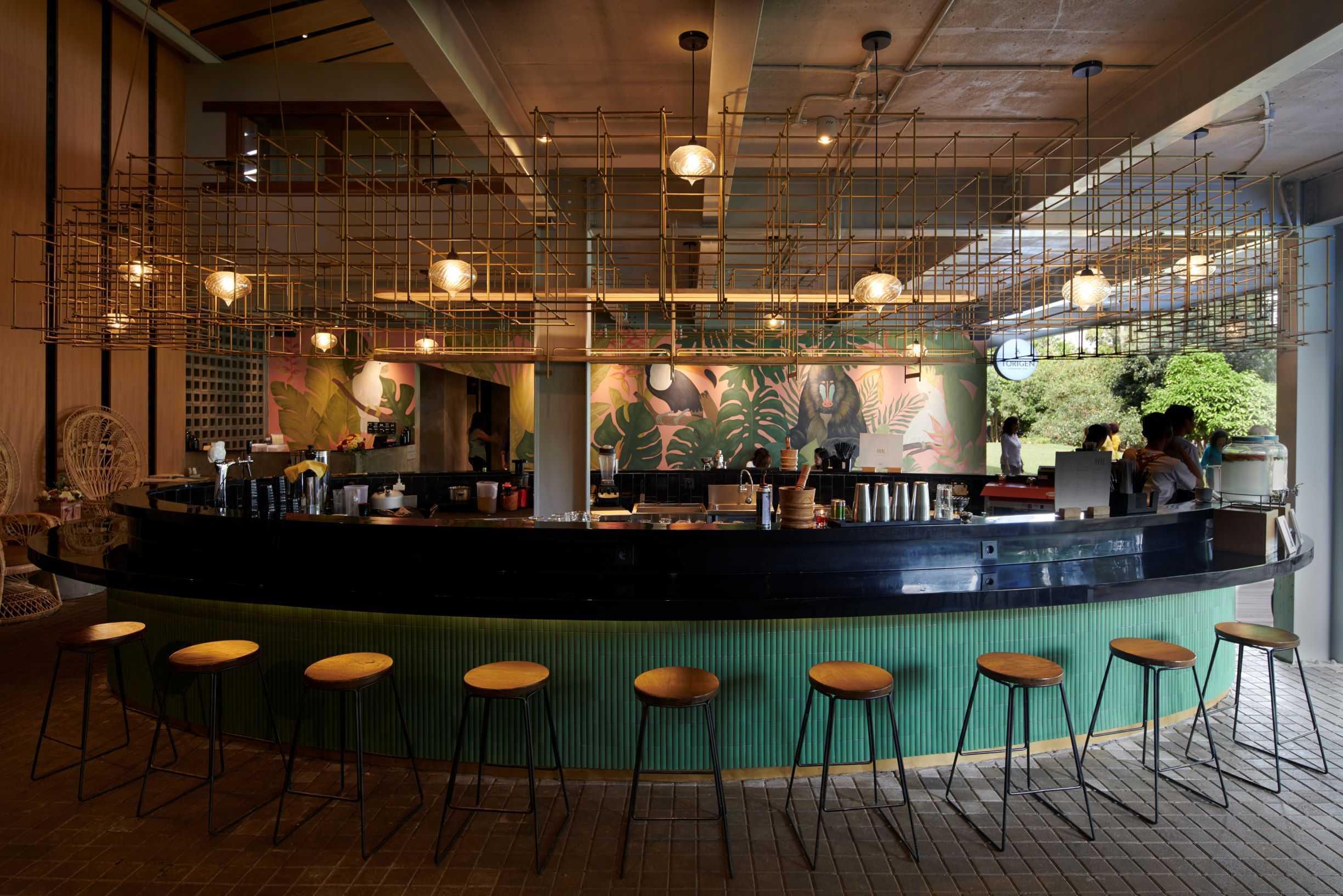 Hadivincent Architects Oval Bar Ciumbuleuit, Cidadap, Kota Bandung, Jawa Barat, Indonesia Ciumbuleuit, Cidadap, Kota Bandung, Jawa Barat, Indonesia Hadivincent-Architects-Oval-Bar   71520