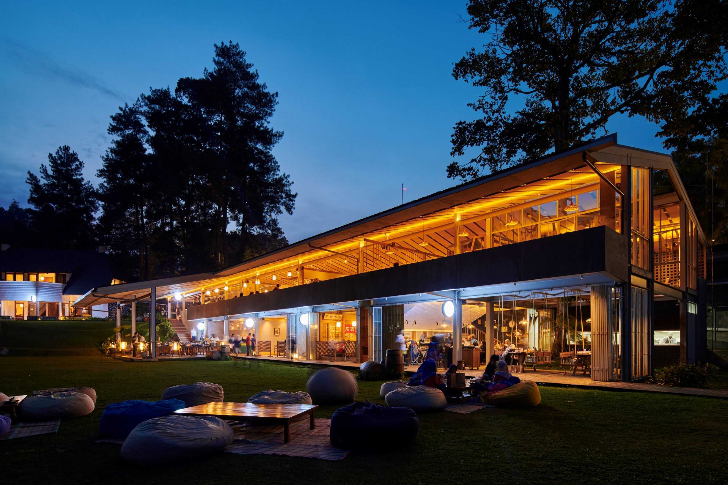 Hadivincent Architects Nara Park Ciumbuleuit, Cidadap, Kota Bandung, Jawa Barat, Indonesia Ciumbuleuit, Cidadap, Kota Bandung, Jawa Barat, Indonesia Hadivincent-Architects-Nara-Park   71543