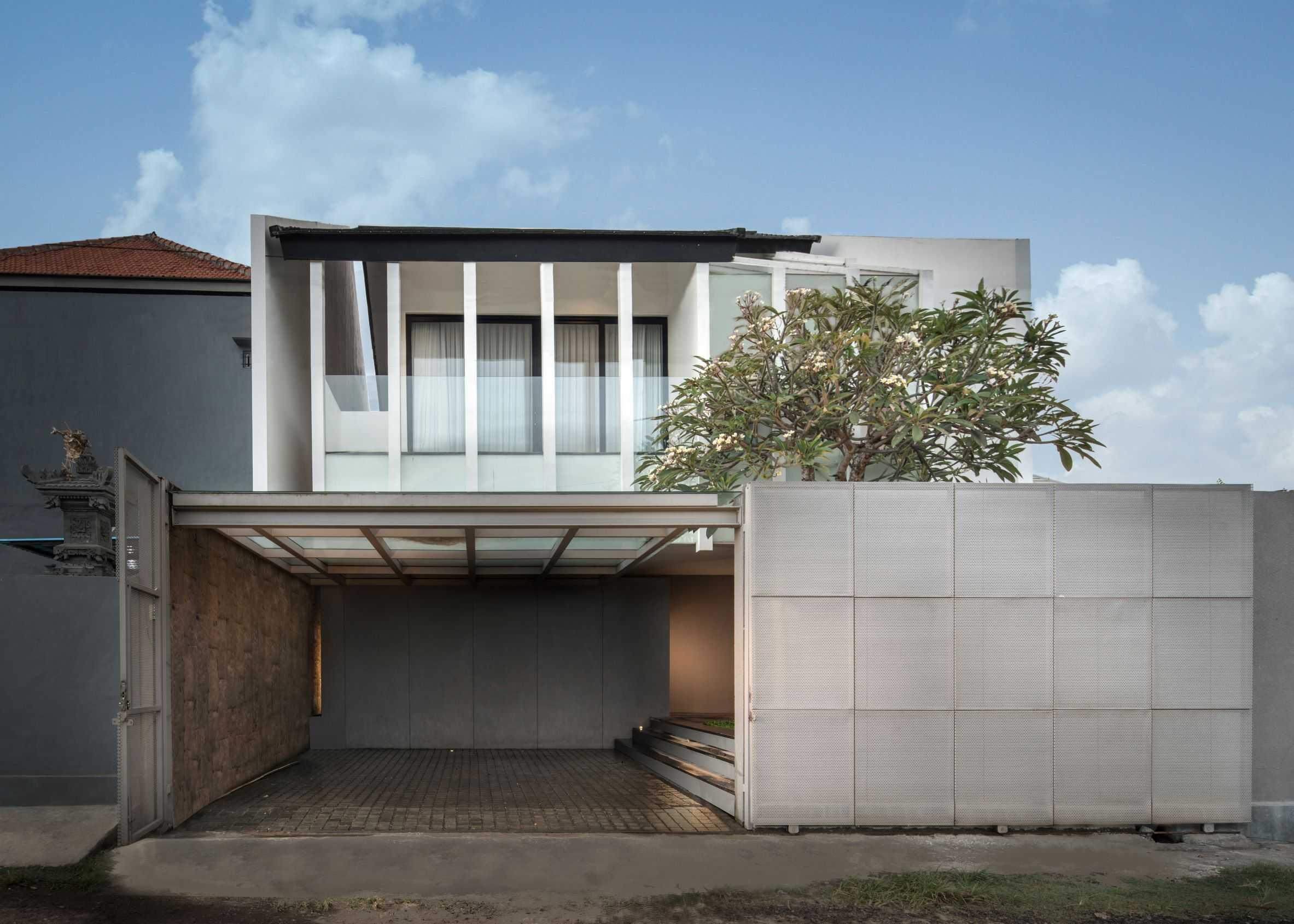 Hadivincent Architects Yy Residence Kota Denpasar, Bali, Indonesia Kota Denpasar, Bali, Indonesia Hadivincent-Architects-Yy-House   75718