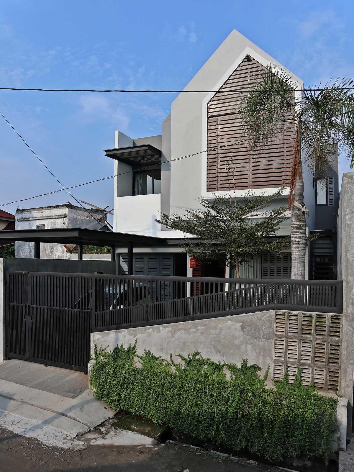 Bd Studio Ls House Medan, Kota Medan, Sumatera Utara, Indonesia Medan, Kota Medan, Sumatera Utara, Indonesia Bd-Studio-Ls-House   73792