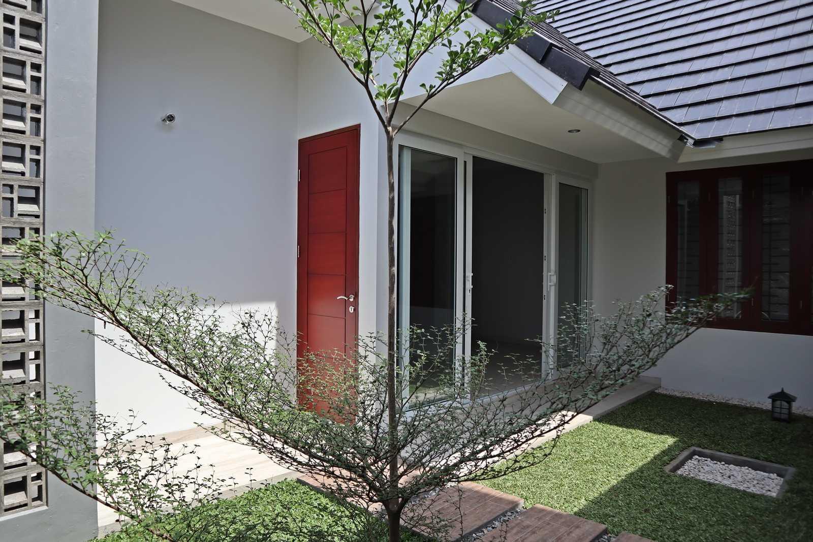 Bd Studio Ss Villa House Medan, Kota Medan, Sumatera Utara, Indonesia Medan, Kota Medan, Sumatera Utara, Indonesia Bd-Studio-Ss-Villa-House   74093
