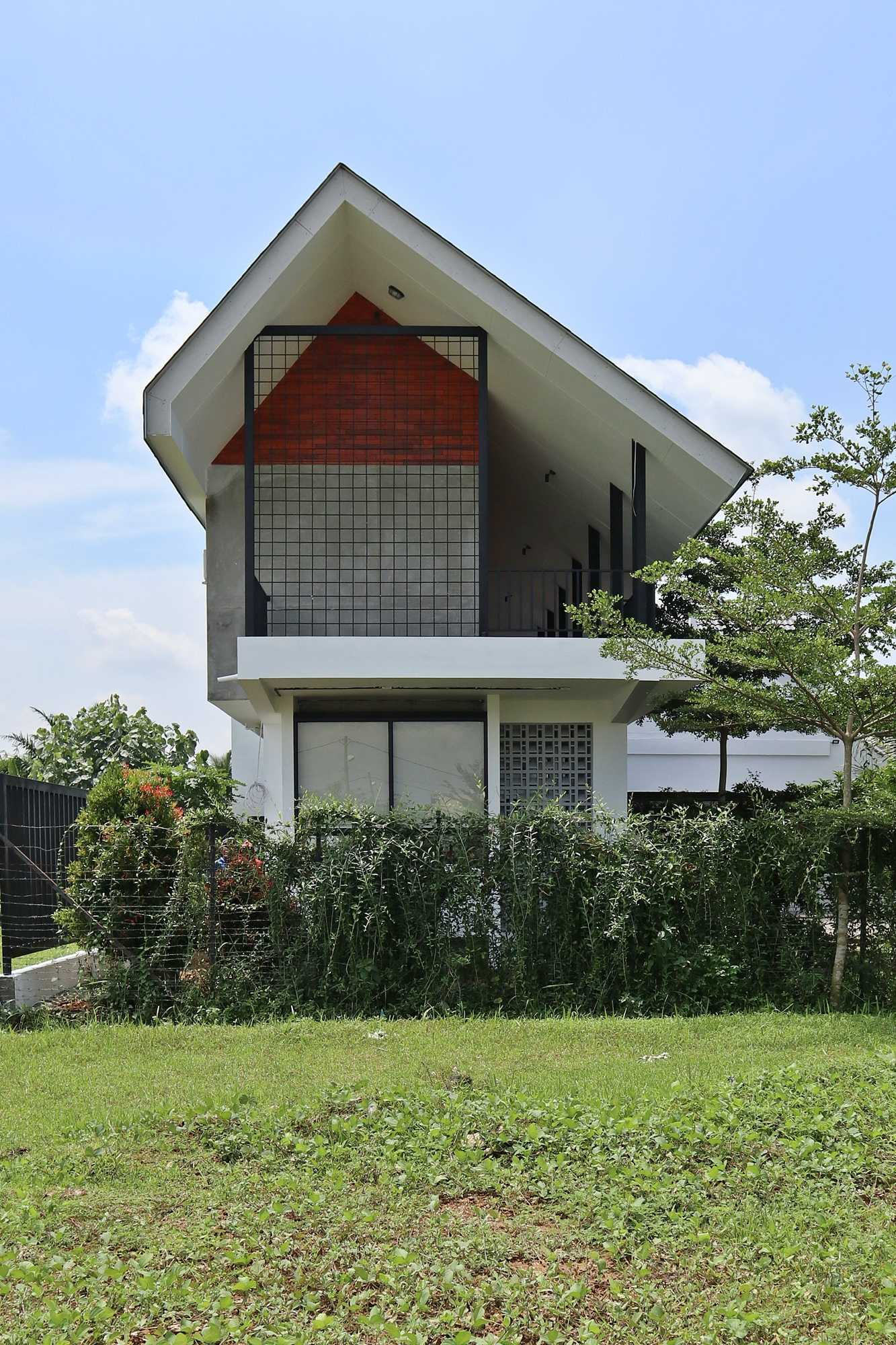 Bd Studio Je Villa House Medan, Kota Medan, Sumatera Utara, Indonesia Medan, Kota Medan, Sumatera Utara, Indonesia Bd-Studio-Je-Villa-House   74112