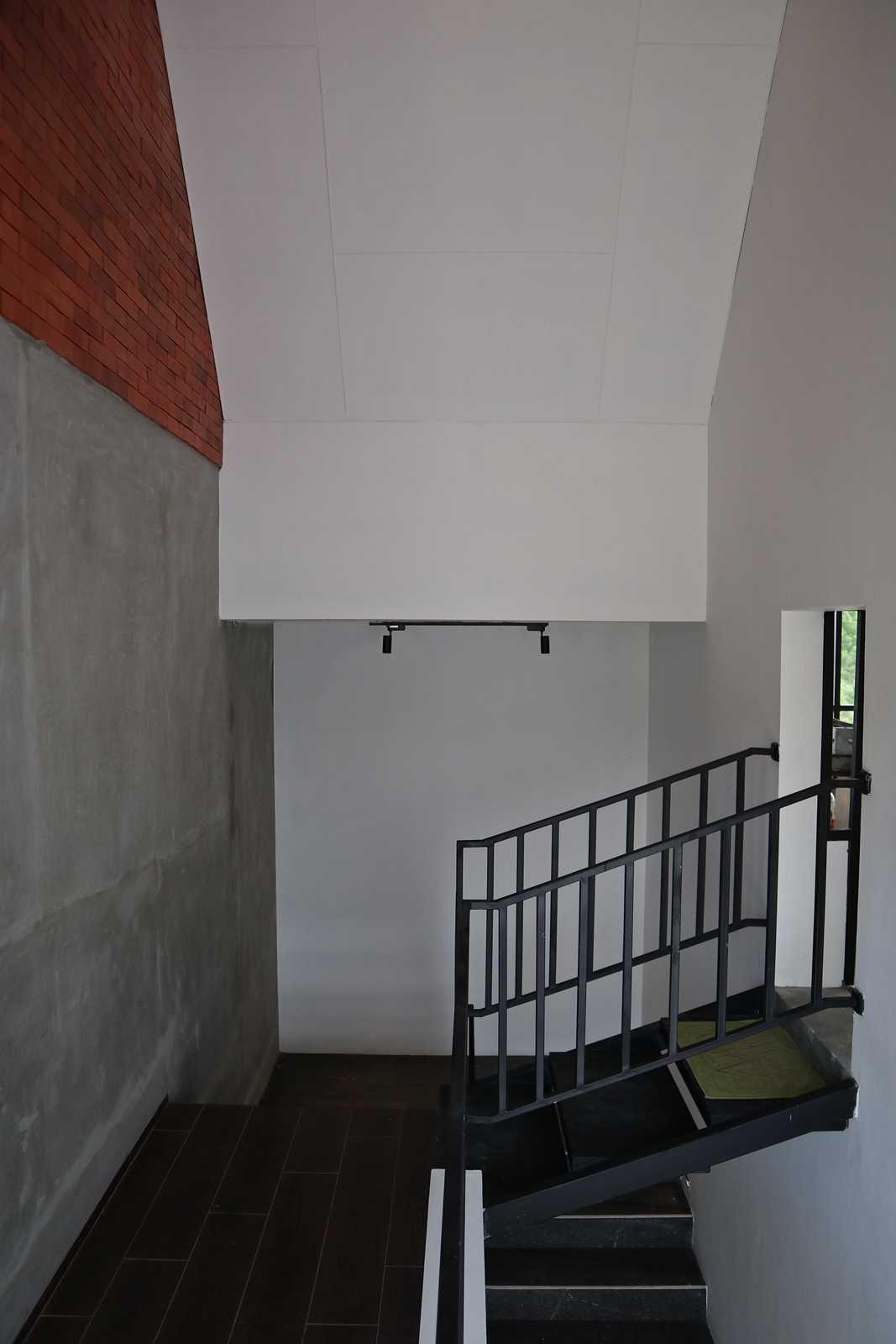 Bd Studio Je Villa House Medan, Kota Medan, Sumatera Utara, Indonesia Medan, Kota Medan, Sumatera Utara, Indonesia Bd-Studio-Je-Villa-House   74117