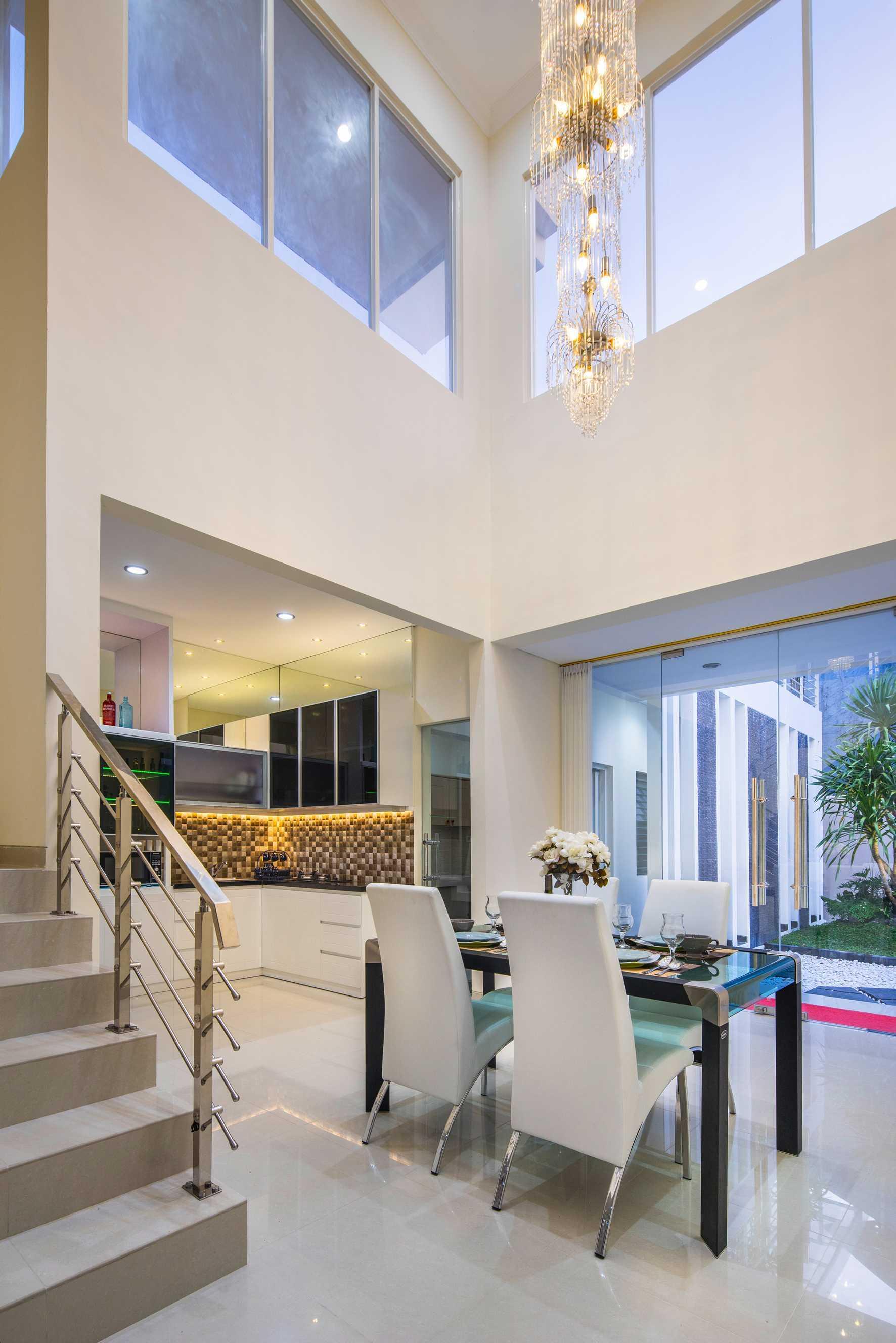 Hausse Interior Modern House Surabaya, Kota Sby, Jawa Timur, Indonesia Surabaya, Kota Sby, Jawa Timur, Indonesia Modern House   75631
