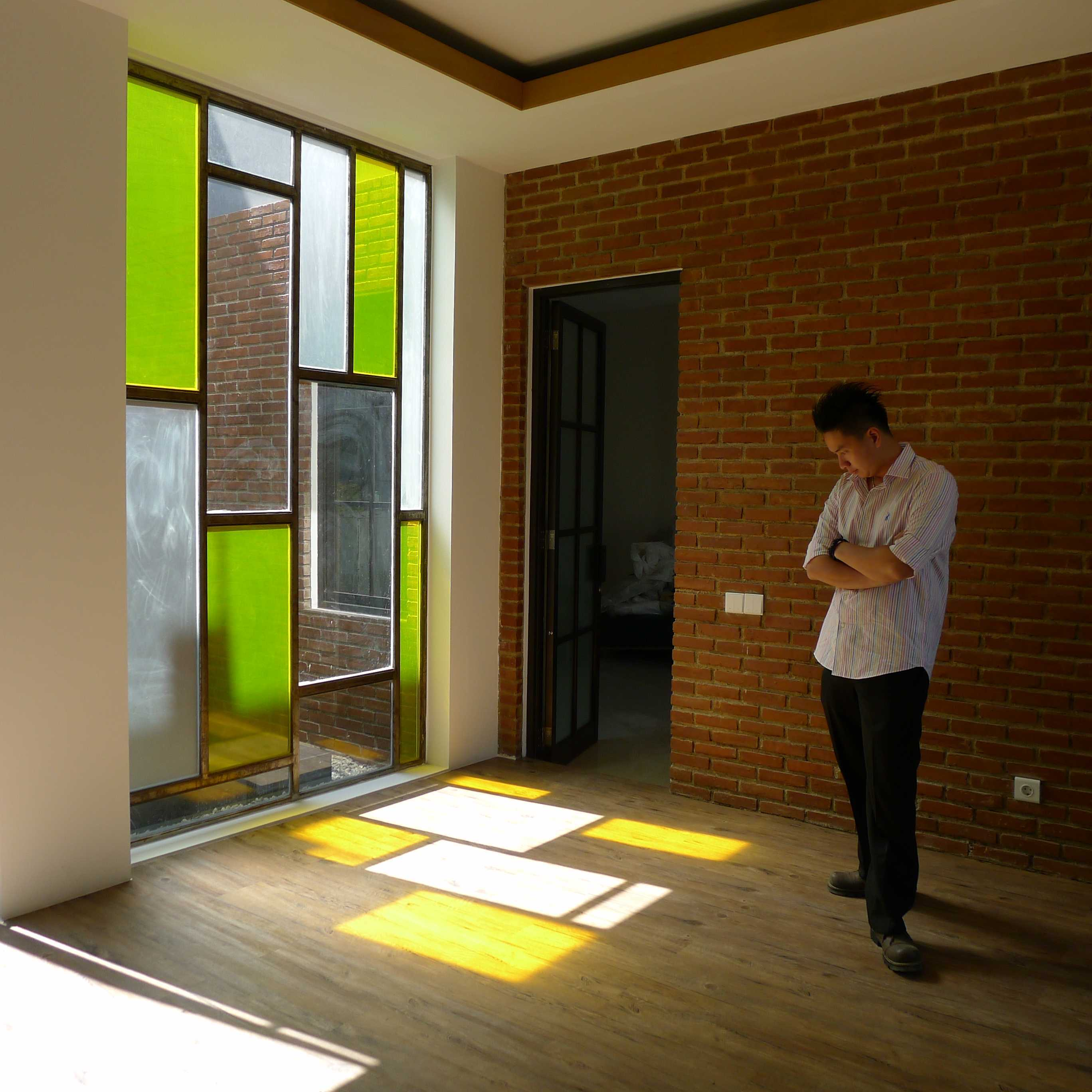 Dinardithen Studio Colorful Modern Office Nanjung, Kec. Margaasih, Bandung, Jawa Barat, Indonesia Nanjung, Kec. Margaasih, Bandung, Jawa Barat, Indonesia Dinardithen-Studio-Colorful-Modern-Office   76763