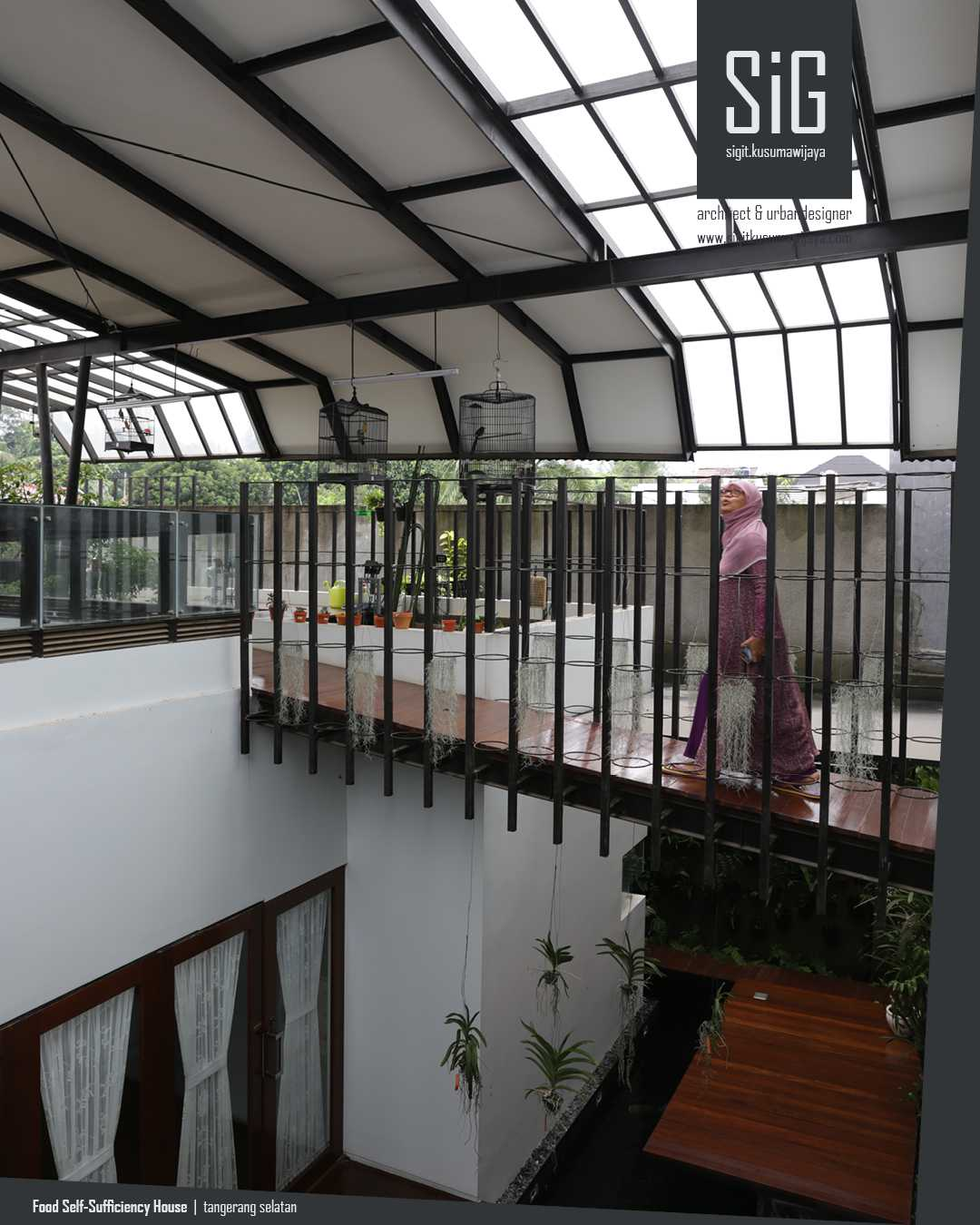 Sigit.kusumawijaya | Architect & Urbandesigner Rumah Kebun Mandiri Pangan (Food Self-Sufficiency House) Kota Tgr. Sel., Kota Tangerang Selatan, Banten, Indonesia Kota Tgr. Sel., Kota Tangerang Selatan, Banten, Indonesia Sigitkusumawijaya-Architect-Urbandesigner-Rumah-Kebun-Mandiri-Pangan-Food-Self-Sufficiency-House   55015