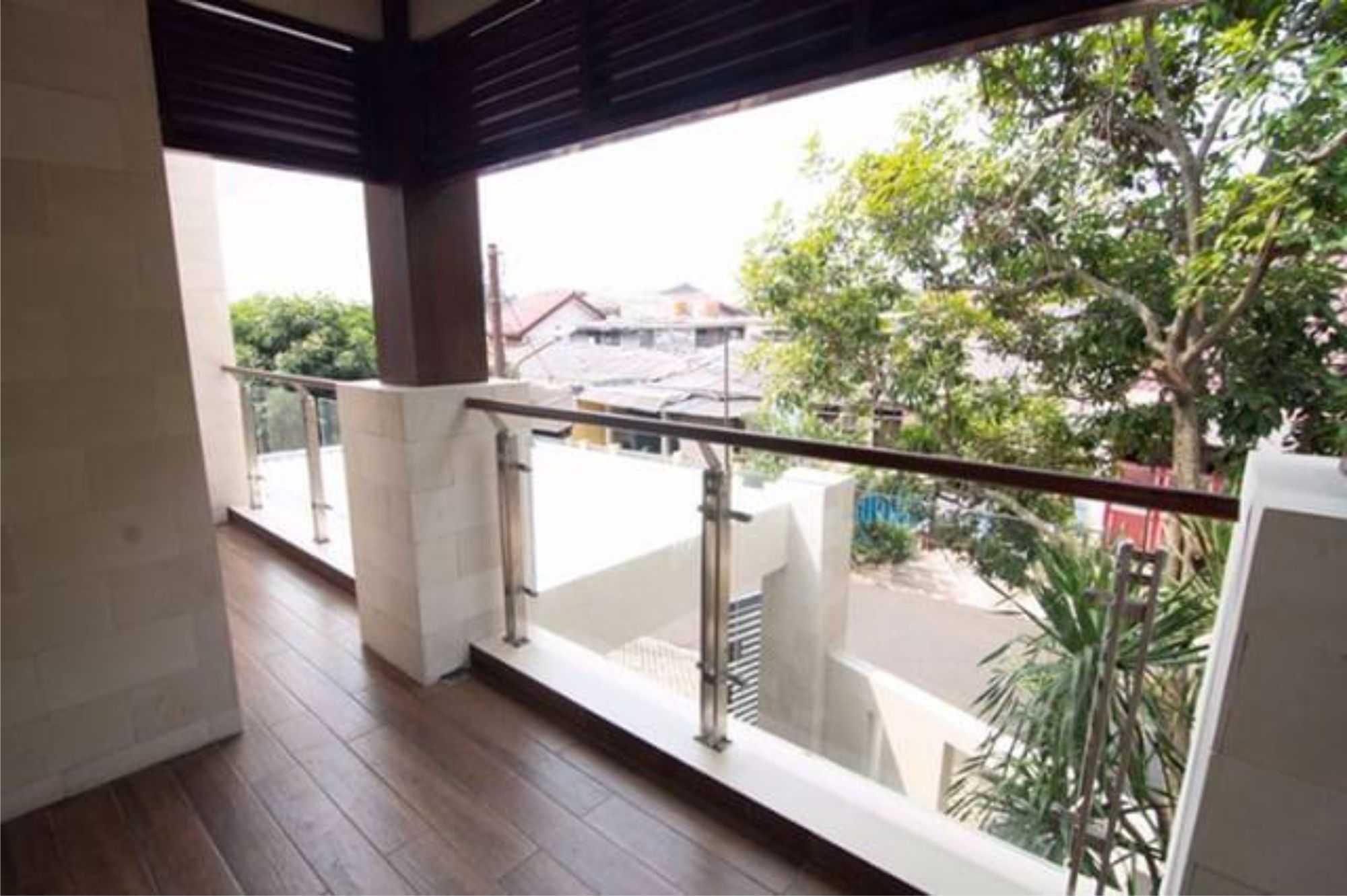 Emporio Architect Progress Konstruksi Rumah Villa Bali Tropis 385 @ Jakarta Jakarta, Daerah Khusus Ibukota Jakarta, Indonesia Jakarta, Daerah Khusus Ibukota Jakarta, Indonesia Emporio-Architect-Progress-Konstruksi-Rumah-Villa-Bali-Tropis-385-Jakarta   76588