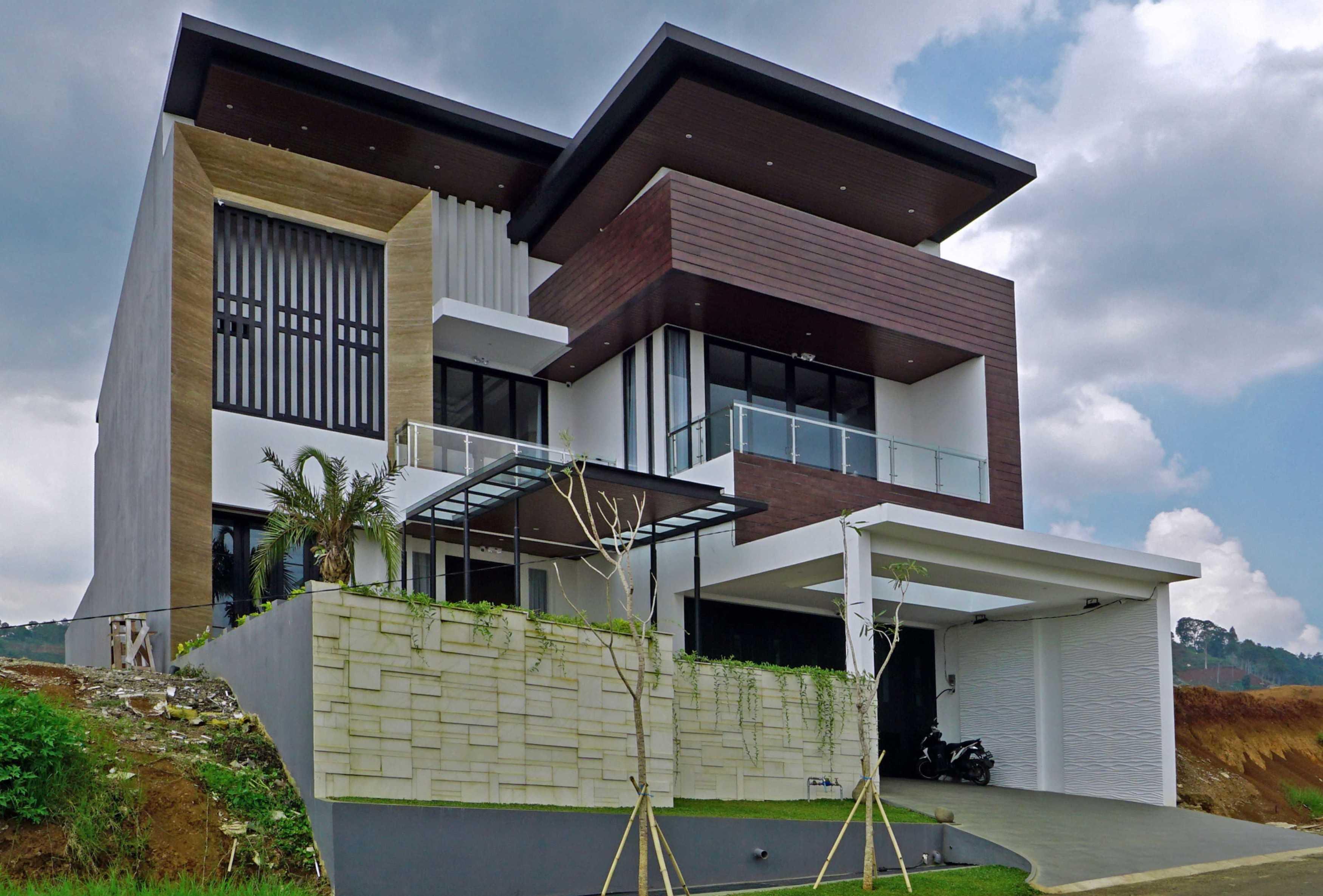 Emporio Architect Hasil Konstruksi Rumah Modern Tropis 363 @ Bandung Bandung, Kota Bandung, Jawa Barat, Indonesia Bandung, Kota Bandung, Jawa Barat, Indonesia Emporio-Architect-Hasil-Konstruksi-Rumah-Modern-Tropis-363-Bandung   82731