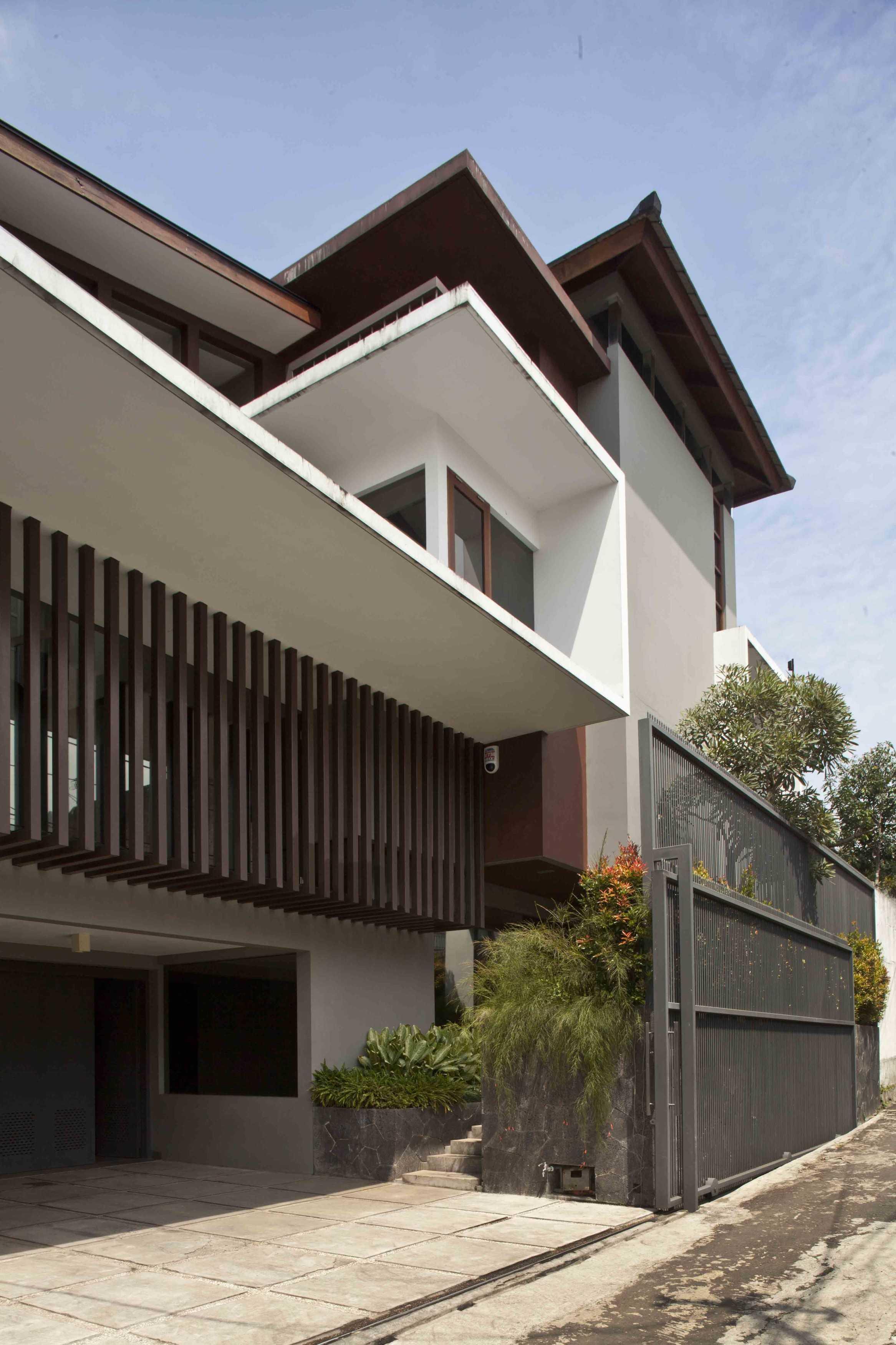 Wastu Cipta Parama Karang Mulia House Bandung, Kota Bandung, Jawa Barat, Indonesia Bandung, Kota Bandung, Jawa Barat, Indonesia Eksterior Modern  79065