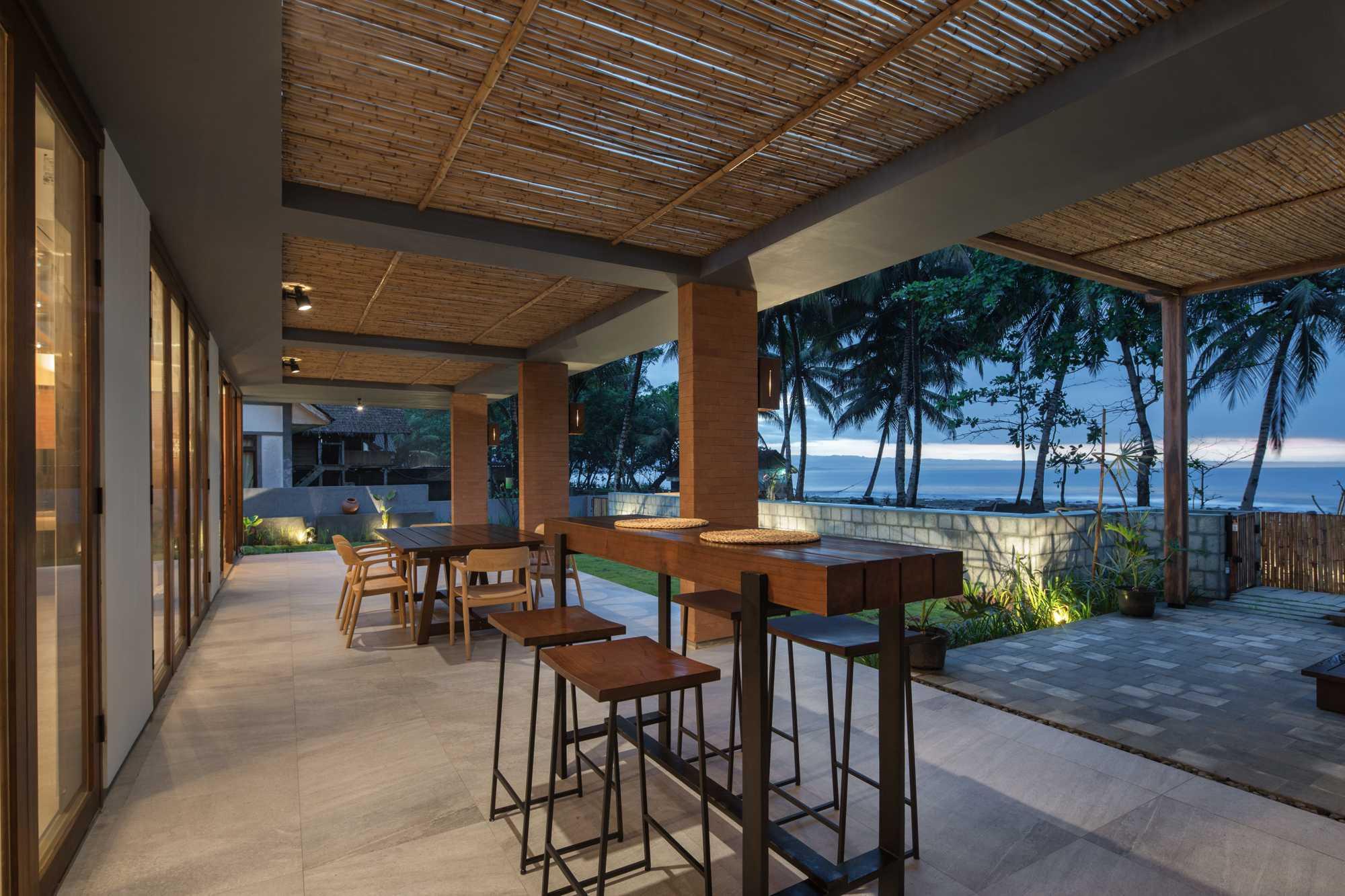 Erwin Kusuma Batu Karas Villa Batukaras Beach, West Java, Indonesia Batukaras Beach, West Java, Indonesia Erwin-Kusuma-Batu-Karas-Villa   64723