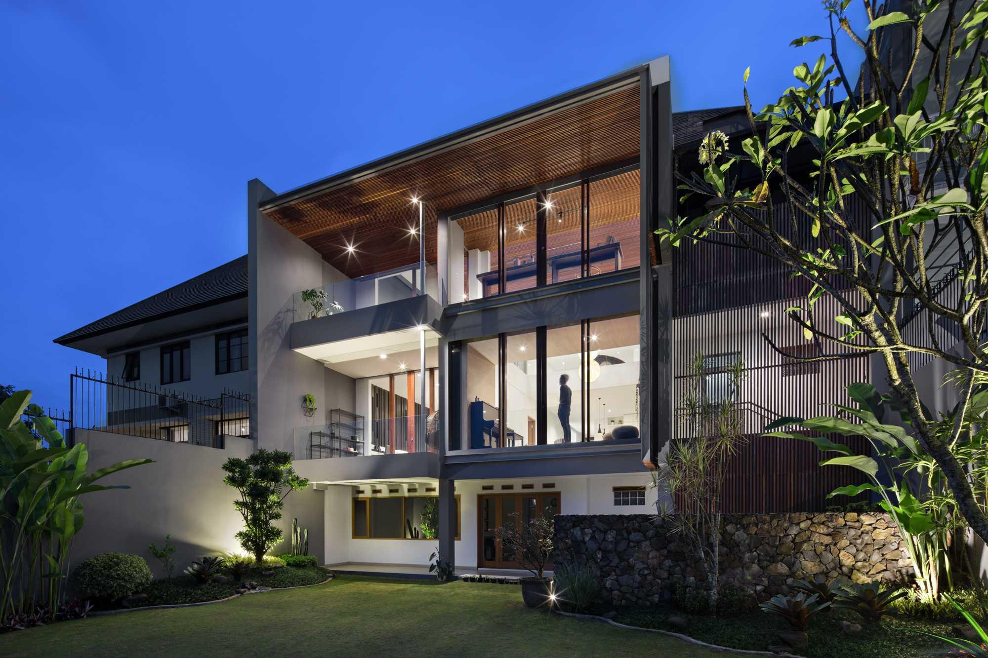 Erwin Kusuma Pitarani House Jalan Parahyangan No.42, Kertajaya, Padalarang, Kertajaya, Padalarang, Kabupaten Bandung Barat, Jawa Barat 40553, Indonesia  Erwin-Kusuma-Pitarani-House   71577