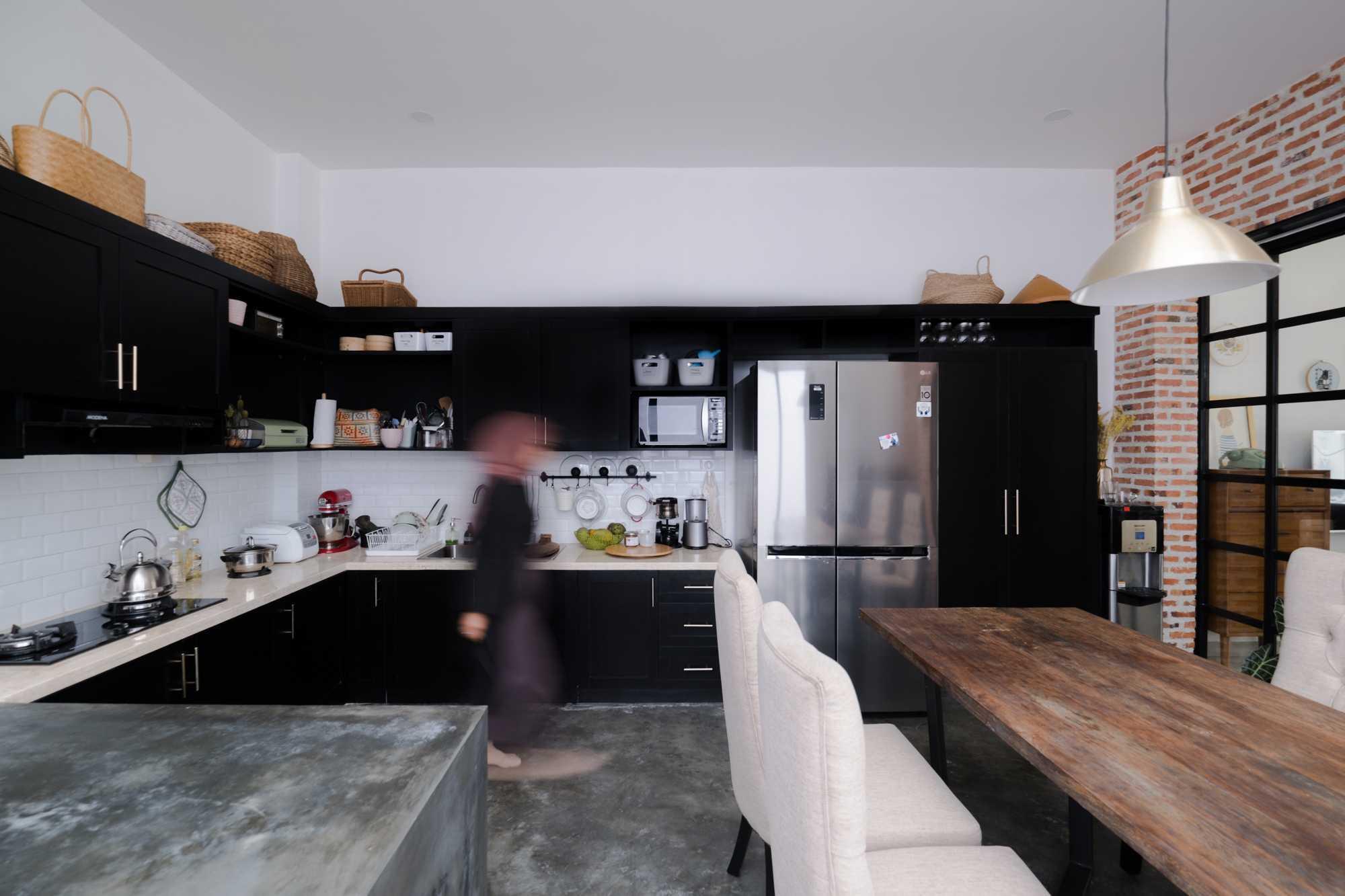 Ruangan Asa Laverde Kitchen Kec. Serpong, Kota Tangerang Selatan, Banten, Indonesia Kec. Serpong, Kota Tangerang Selatan, Banten, Indonesia Ruangan-Asa-Laverde-Kitchen   102893
