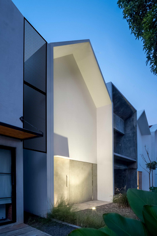 Dform Mo House Jl. Masjid Baiturrahim, Jurang Manggu Tim., Pd. Aren, Kota Tangerang Selatan, Banten, Indonesia Daerah Khusus Ibukota Jakarta, Indonesia Dform-Mo-House   64135