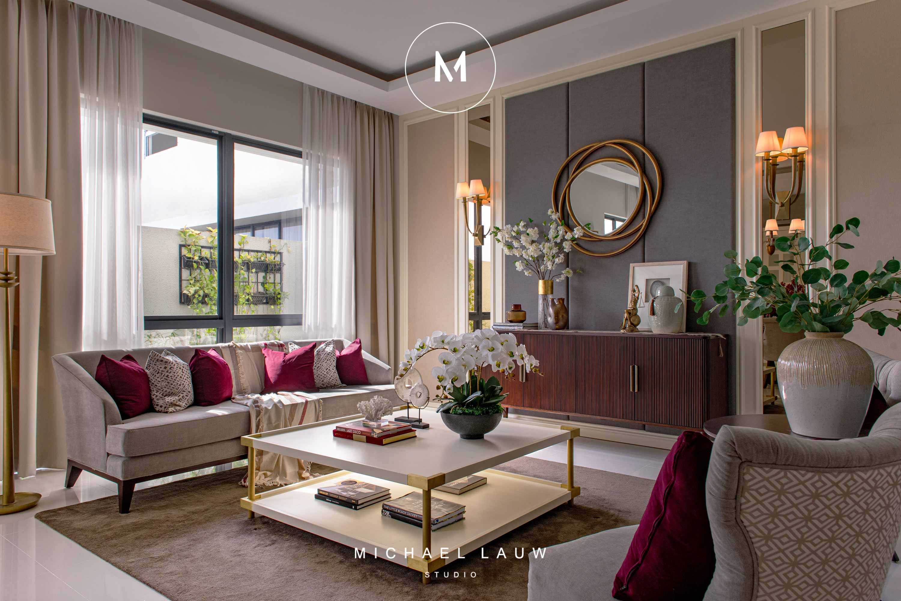 Michael Lauw Studio Alder Surabaya, Kota Sby, Jawa Timur, Indonesia Surabaya, Kota Sby, Jawa Timur, Indonesia Michael-Lauw-Studio-Alder  <P>Livable Luxury Interior Designed By Michael Lauw From Surabaya Interior Consultant Firm Michael Lauw Studio. Project Located At Surabaya, Indonesia. #michaellauw #michaellauwstudio #interiordesigner #interiorconsultant #interiorsurabaya #designersurabaya #interiordesign</p> 83587