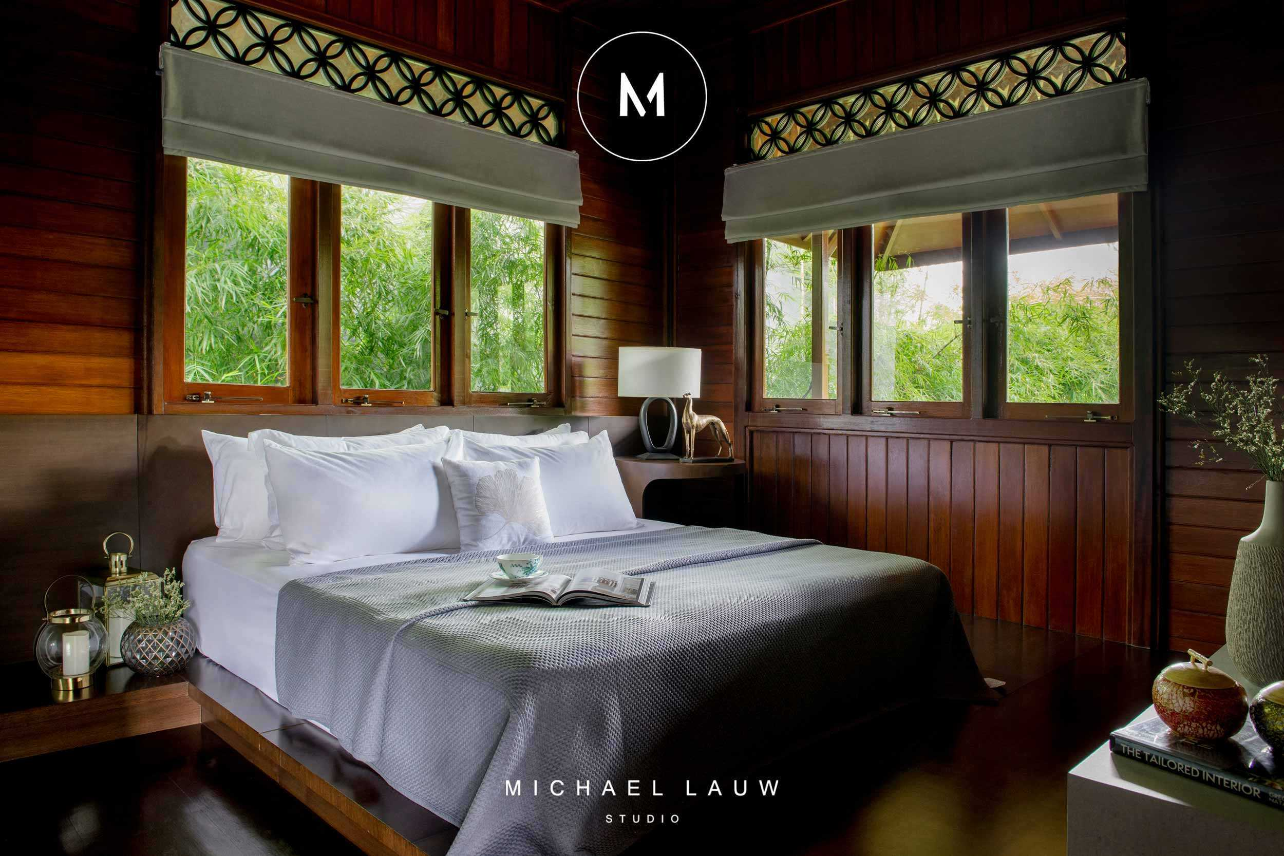 Michael Lauw Studio Darmohill Surabaya, Kota Sby, Jawa Timur, Indonesia Surabaya, Kota Sby, Jawa Timur, Indonesia Michael-Lauw-Studio-Darmohill  <P>Livable Luxury Interior Designed By Michael Lauw From Surabaya Interior Consultant Firm Michael Lauw Studio. Project Located At Surabaya, Indonesia. #michaellauw #michaellauwstudio #interiordesigner #interiorconsultant #interiorsurabaya #designersurabaya #interiordesign</p> 83597