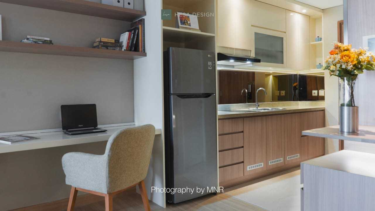 "Hesa Design Mr. K's Apartment Jalan Jend. Sudirman No.1 Cikokol, Rt.001/rw.005, Babakan, Kec. Tangerang, Kota Tangerang, Banten 15118, Indonesia Jalan Jend. Sudirman No.1 Cikokol, Rt.001/rw.005, Babakan, Kec. Tangerang, Kota Tangerang, Banten 15118, Indonesia Kitchen Set  <P><Span Style=""color: #262626; Font-Family: -Apple-System, Blinkmacsystemfont, 'segoe Ui', Roboto, Helvetica, Arial, Sans-Serif;"">Kitchen Set - One Bedroom Type Apartment&nbsp;</span></p> 85561"