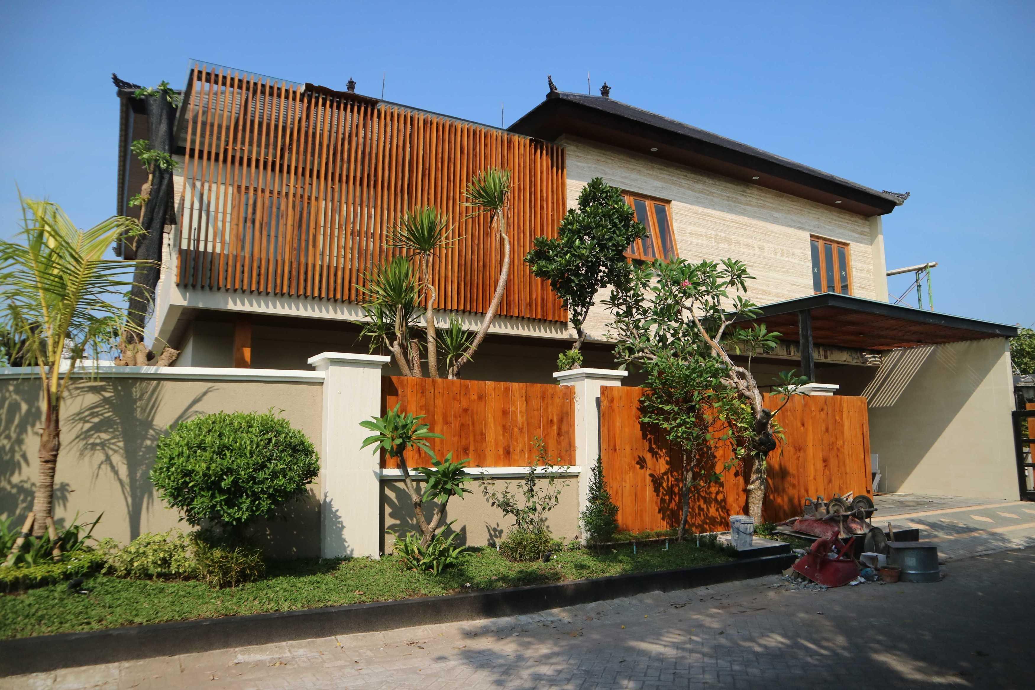 Arbiy Kreasi Rumah Pm Surabaya, Kota Sby, Jawa Timur, Indonesia Surabaya, Kota Sby, Jawa Timur, Indonesia Arbiy-Kreasi-Rumah-Pm   111184