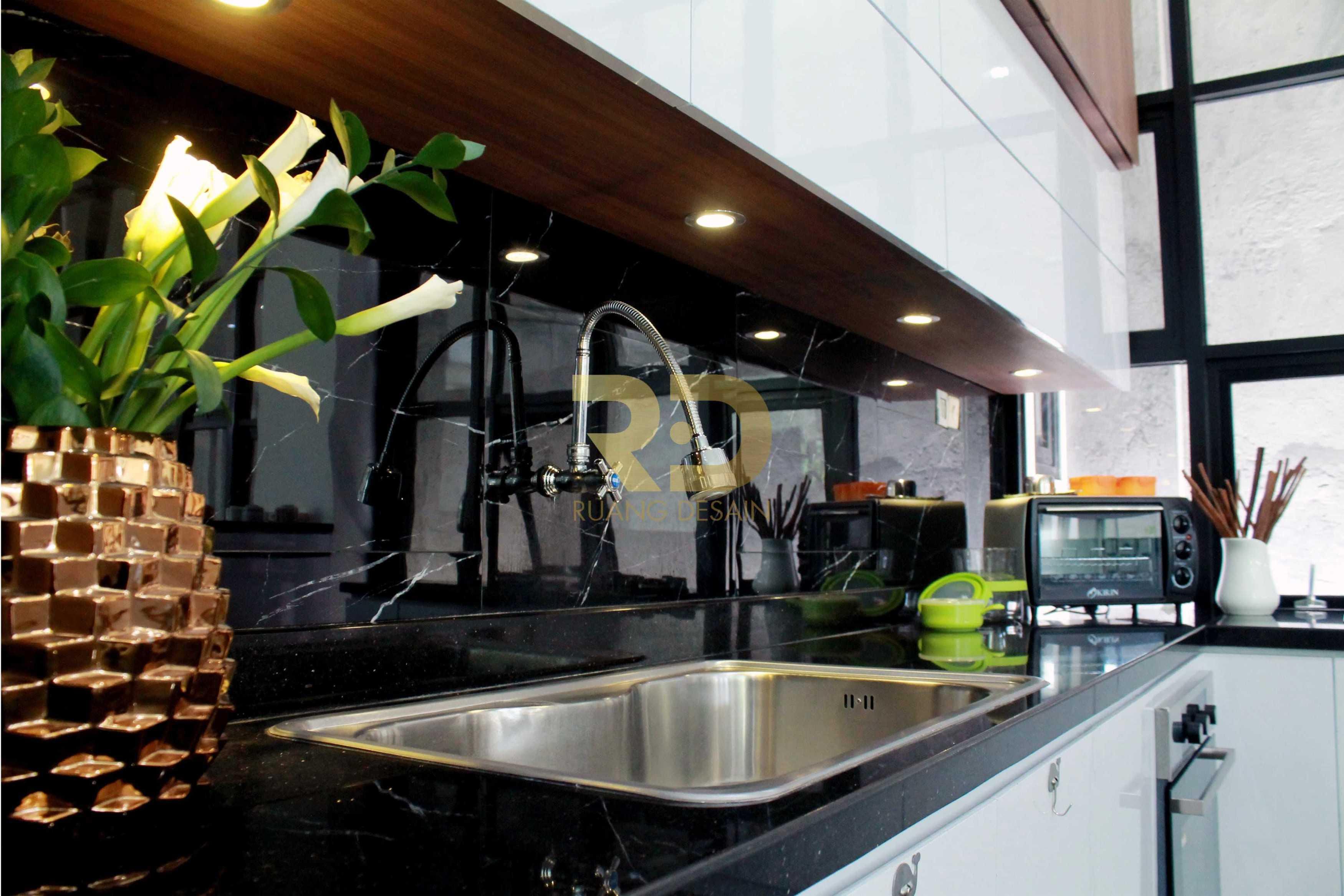 Ruang Desain White And Wood Surabaya, Kota Sby, Jawa Timur, Indonesia Surabaya, Kota Sby, Jawa Timur, Indonesia Ruang-Desain-White-And-Wood   92002