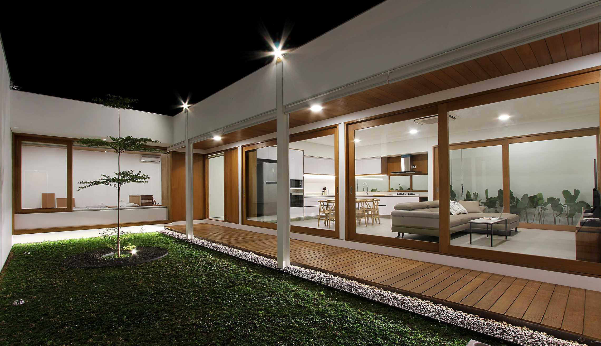 Sasmita Design Studio Penguin House Bandung, Kota Bandung, Jawa Barat, Indonesia Bandung, Kota Bandung, Jawa Barat, Indonesia William-Sasmita-Penguin-House   91183