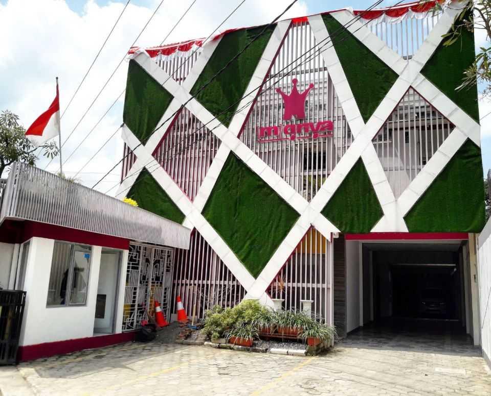 Daun Architect Hotel M-Griya Purwokerto Purwokerto, Kabupaten Banyumas, Jawa Tengah, Indonesia Purwokerto, Kabupaten Banyumas, Jawa Tengah, Indonesia Daun-Architect-Hotel-M-Griya-Purwokerto   63511