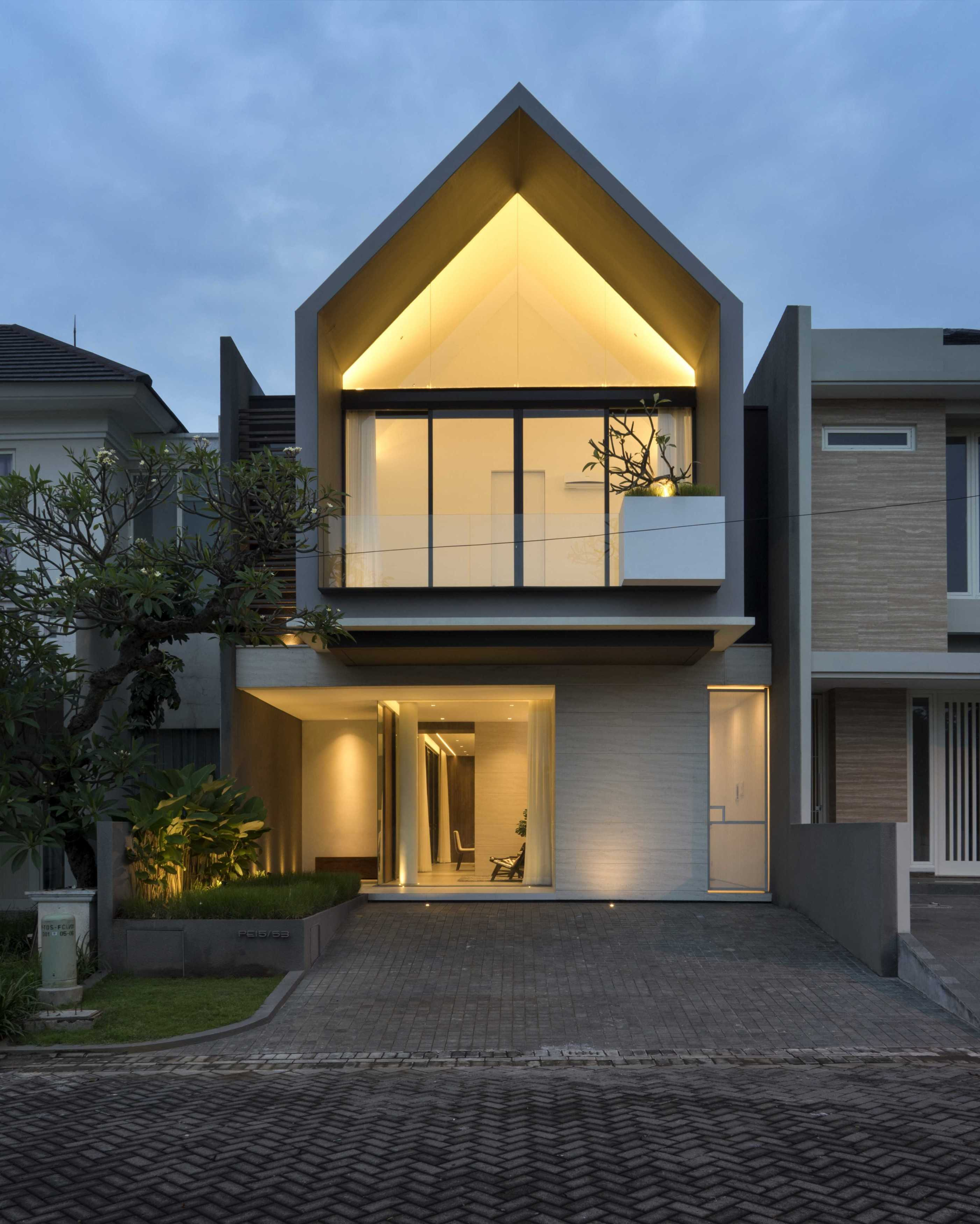 Simple Projects Architecture 'hhh' House Surabaya, Kota Sby, Jawa Timur, Indonesia  Simple-Projects-Architecture-Hhh-House   75052
