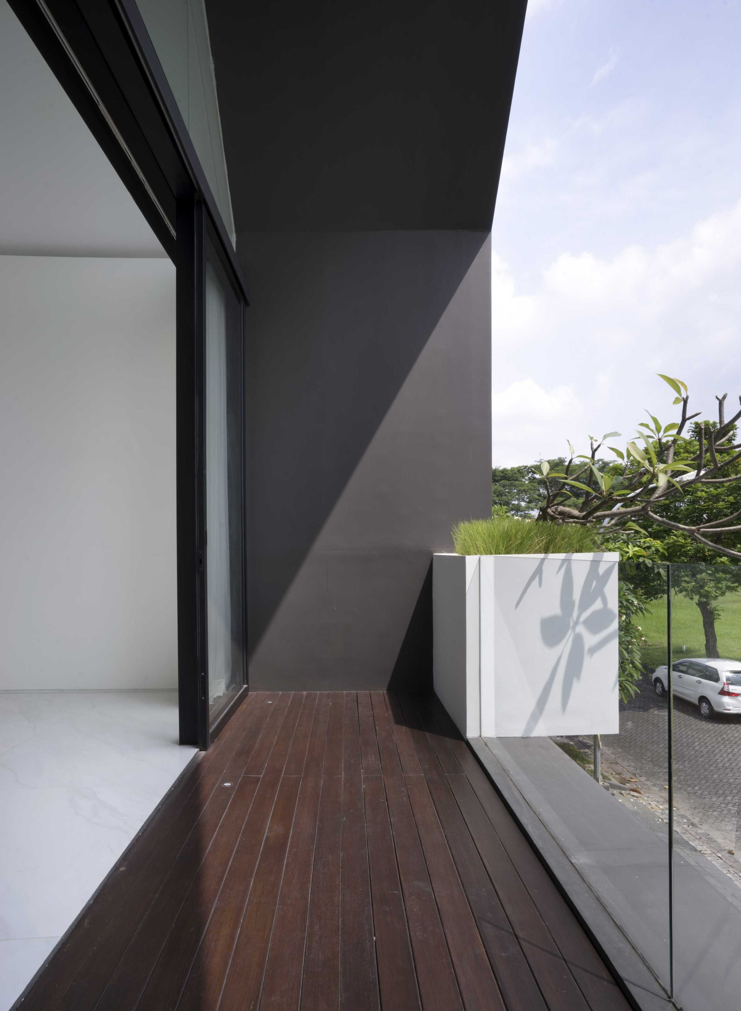 Simple Projects Architecture 'hhh' House Surabaya, Kota Sby, Jawa Timur, Indonesia  Simple-Projects-Architecture-Hhh-House   75094