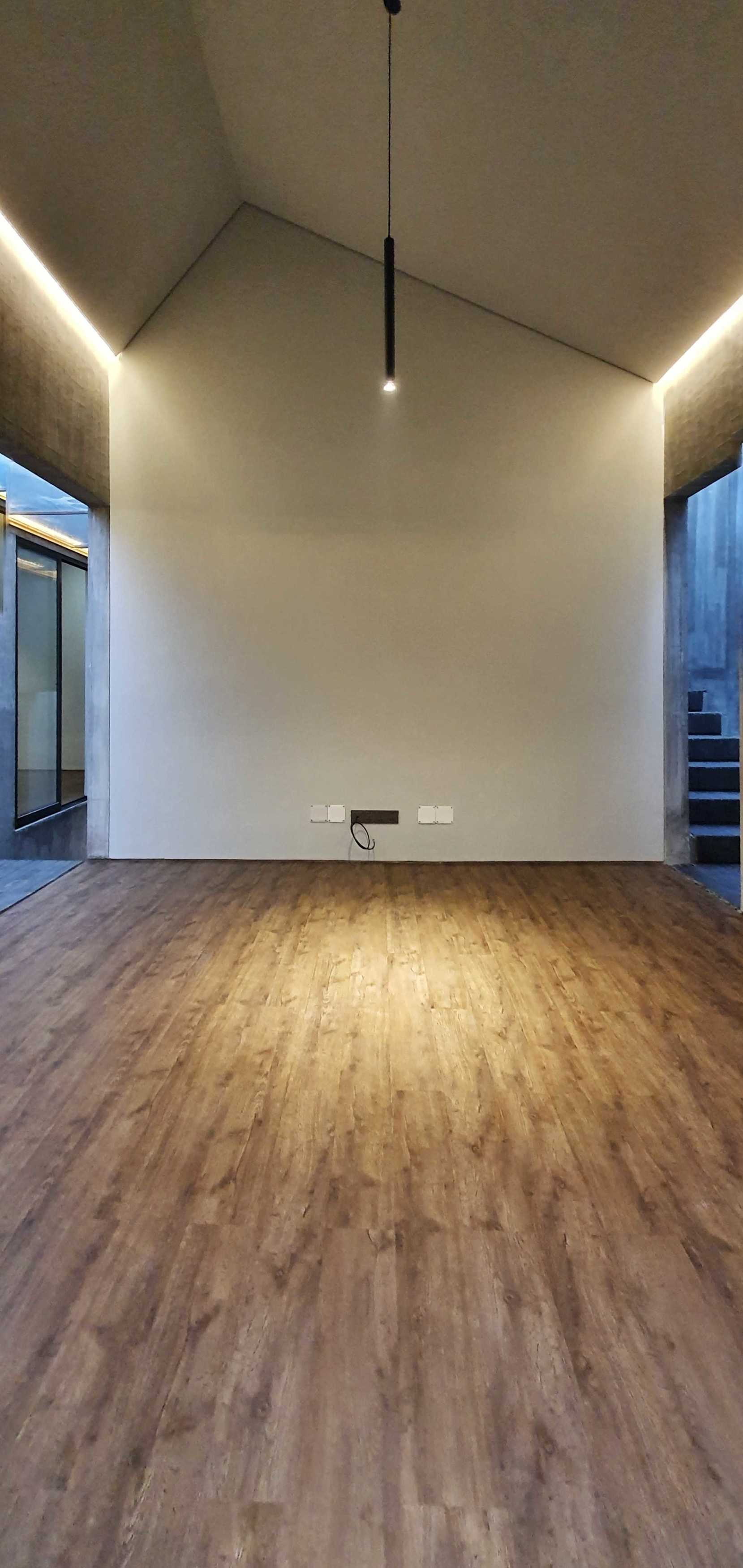 Atelier Anima Grey House Jatibening, Kec. Pondokgede, Kota Bks, Jawa Barat, Indonesia Jatibening, Kec. Pondokgede, Kota Bks, Jawa Barat, Indonesia Atelier-Anima-Grey-House   94851