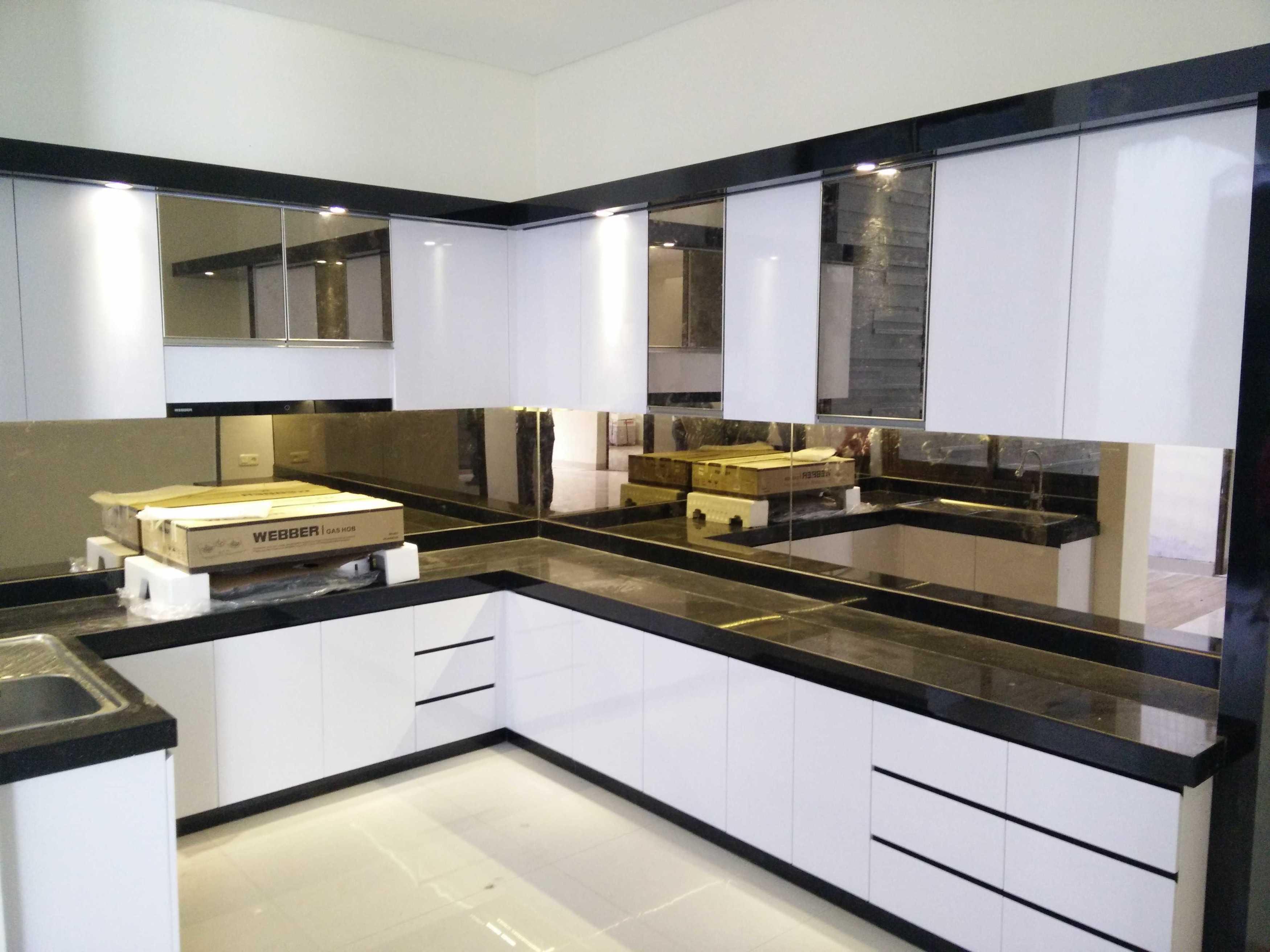 Sabio Design White Kitchen - Taman Kopo Indah Unnamed Road, Margahayu Sel., Kec. Margahayu, Bandung, Jawa Barat 40226, Indonesia Unnamed Road, Margahayu Sel., Kec. Margahayu, Bandung, Jawa Barat 40226, Indonesia Sabio-Design-White-Kitchen-Taman-Kopo-Indah   116099