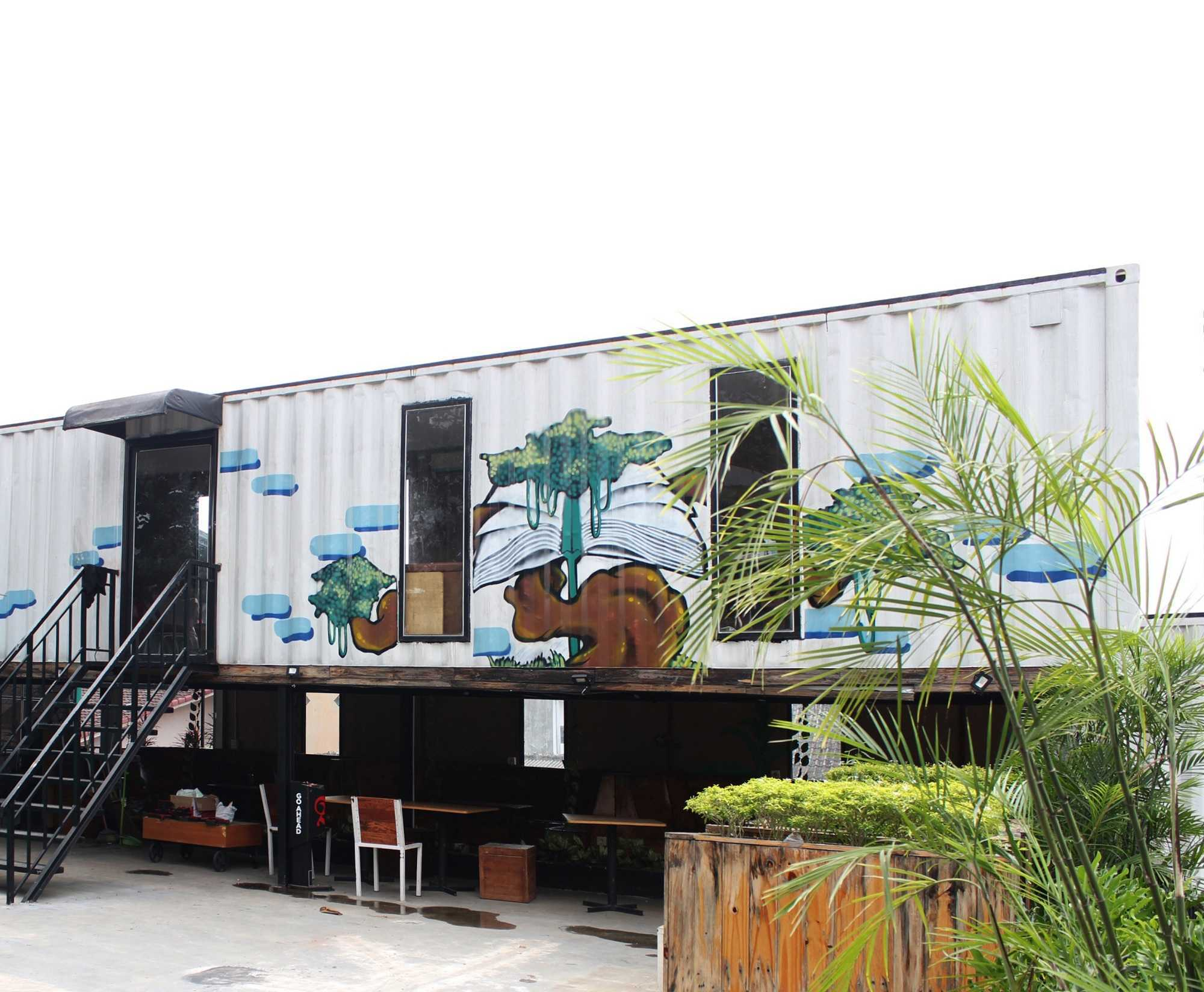 Braun Studio Northstars Cafe Medan Jl. Jamin Ginting, Padang Bulan, Medan Baru, Kota Medan, Sumatera Utara 20157, Indonesia Medan Sisingamangaraja Braun-Studio-Northstars-Cafe-Medan   57173