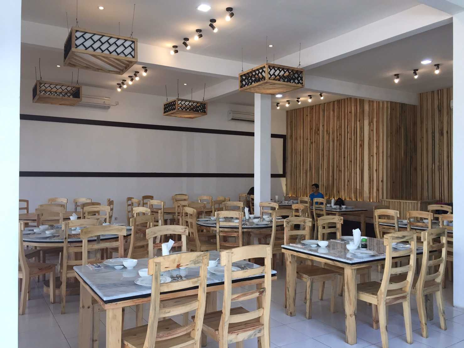 Alima Studio Uncle Chong Restaurant Jl. By Pass Ngurah Rai No.402, Sanur, Denpasar Sel., Bali, 80228, Indonesia Jl. By Pass Ngurah Rai No.402, Sanur, Denpasar Sel., Bali, 80228, Indonesia Alima-Studio-Uncle-Chong-Restaurant Asian  61868