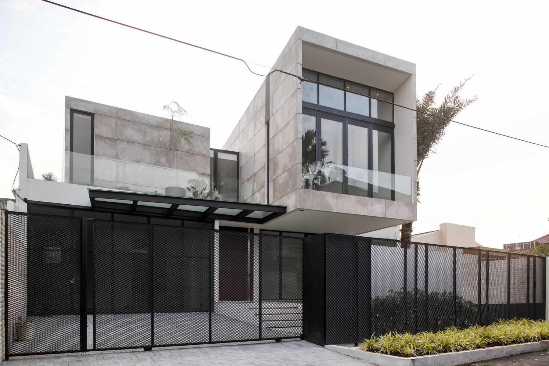 Ivan Priatman Architecture Rl House Surabaya, Kota Sby, Jawa Timur, Indonesia Surabaya, Kota Sby, Jawa Timur, Indonesia Ivan-Priatman-Architecture-Rl-House   59088