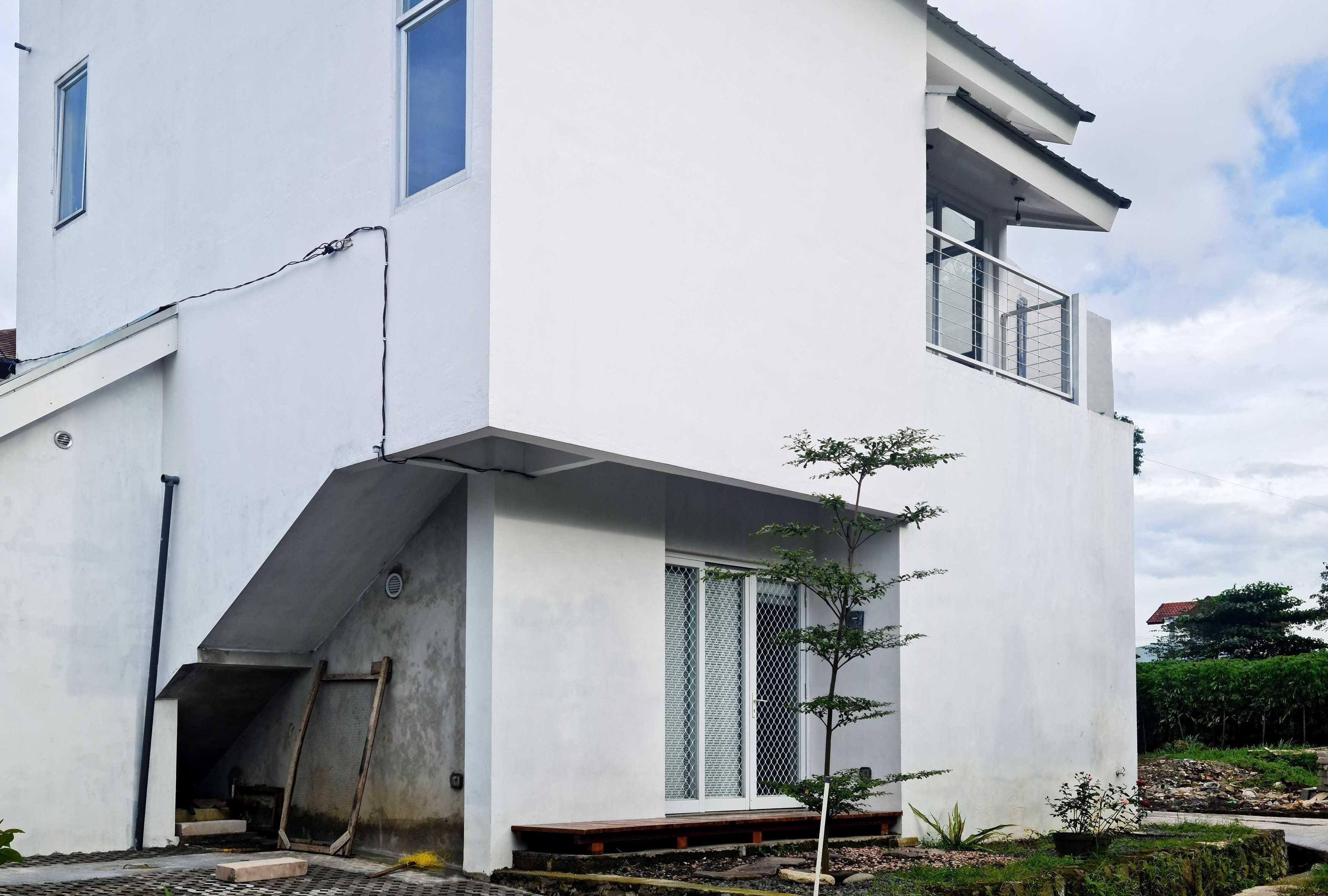 Gfs Architect T&d House Semarang, Jawa Tengah, Indonesia Semarang, Jawa Tengah, Indonesia Gigih-F-Saputro-Td-House   111970