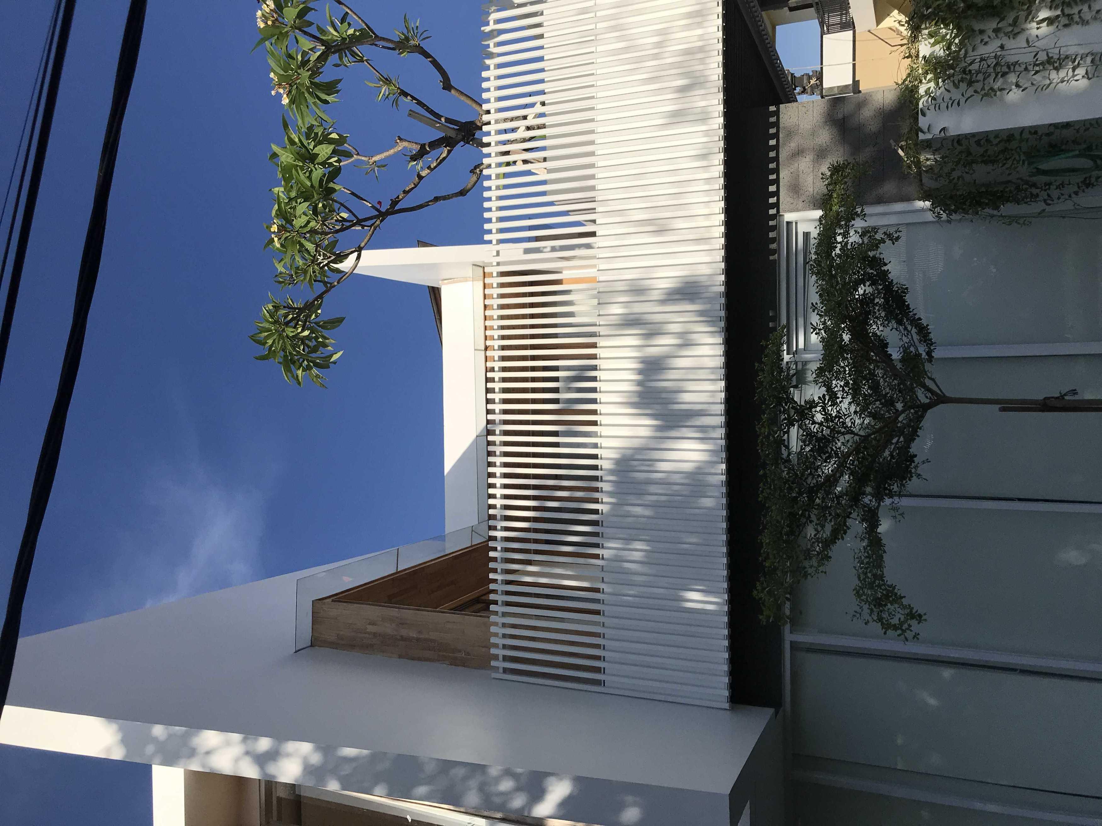 Jena Architect Casa Indah Pemogan, Kec. Denpasar Sel., Kota Denpasar, Bali, Indonesia Pemogan, Kec. Denpasar Sel., Kota Denpasar, Bali, Indonesia Jena-Architect-Casa-Indah Contemporary  109159