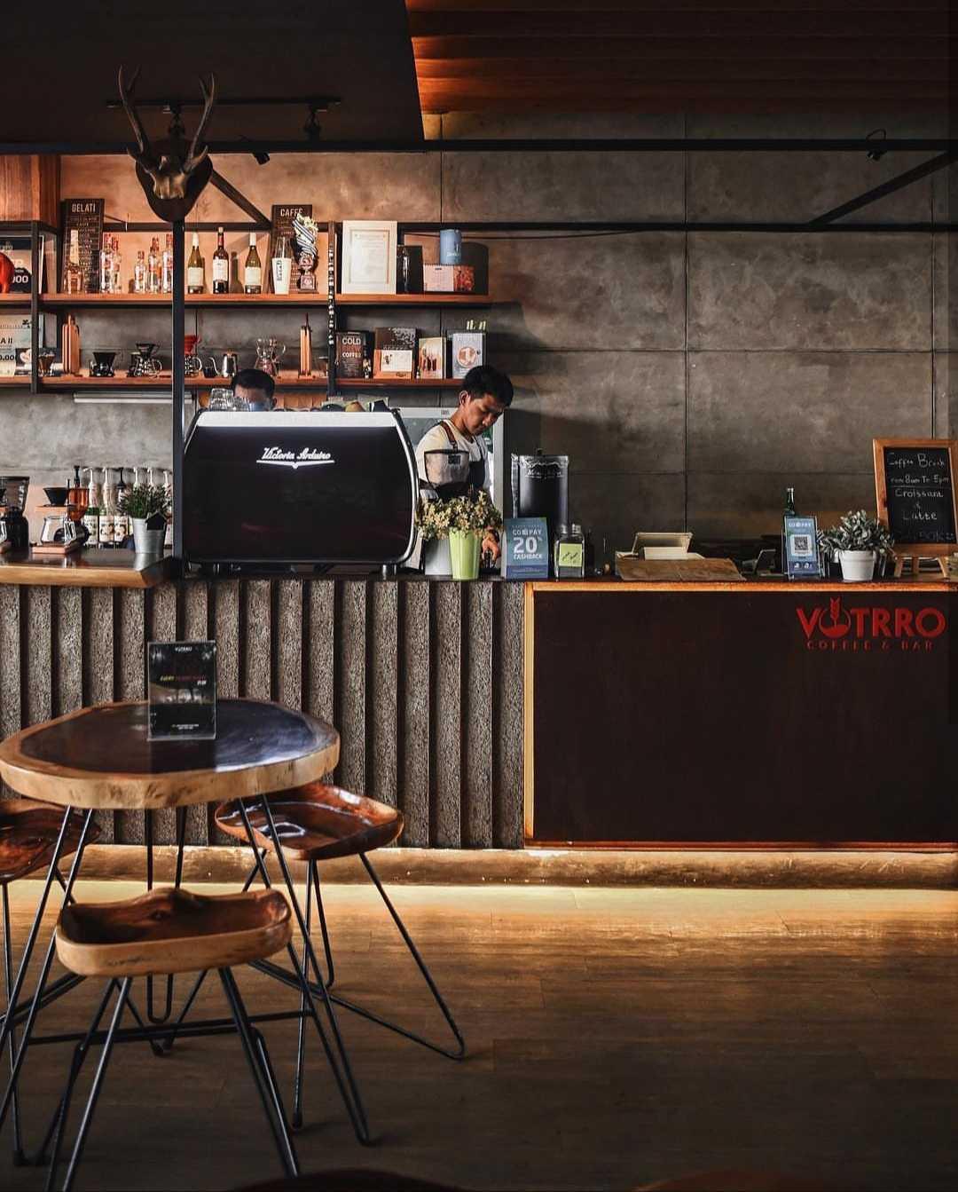 Studiogra/ph Architects Votrro Coffee & Bar Jakarta Utara, Kota Jkt Utara, Daerah Khusus Ibukota Jakarta, Indonesia Jakarta Utara, Kota Jkt Utara, Daerah Khusus Ibukota Jakarta, Indonesia Studio-Graph-Architects-Votrro-Coffee-Bar  <P>Bar Counter</p> 109360
