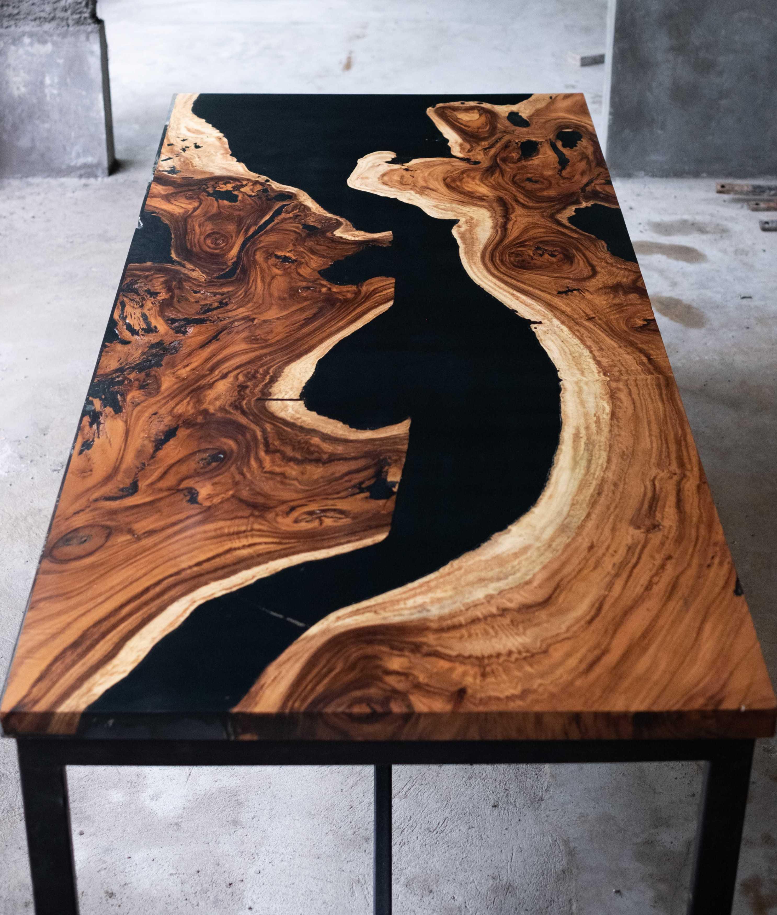 Rootslab Furniture & Craft Project Bekasi, Kota Bks, Jawa Barat, Indonesia Bekasi, Kota Bks, Jawa Barat, Indonesia Rootslab's Tamarind Wood (Trembesi) & Epoxy Resin River Table Industrial  113012