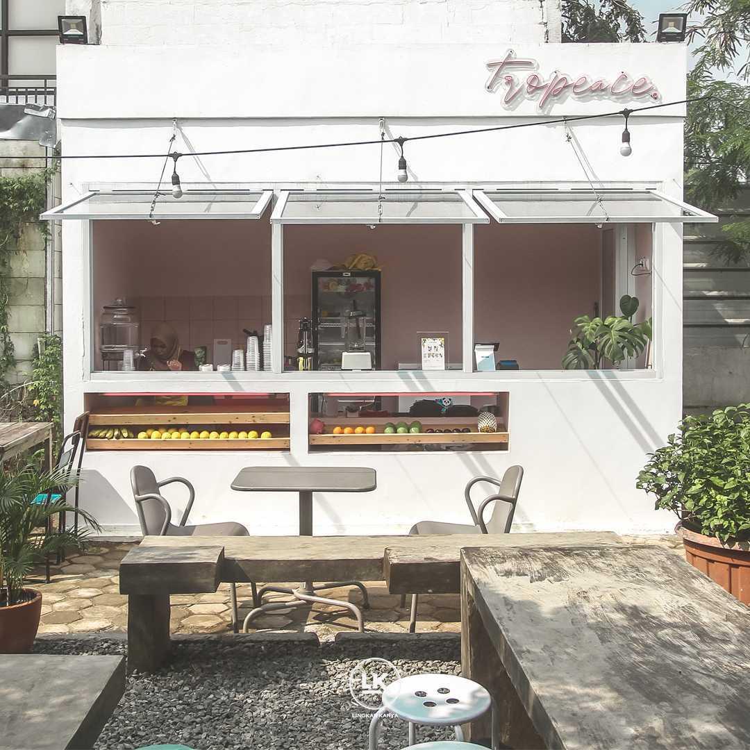 Lingkar Karya Tropeace Juice Bar Bogor, Jawa Barat, Indonesia Bogor, Jawa Barat, Indonesia Lingkar-Karya-Tropeace-Juice-Bar   111840