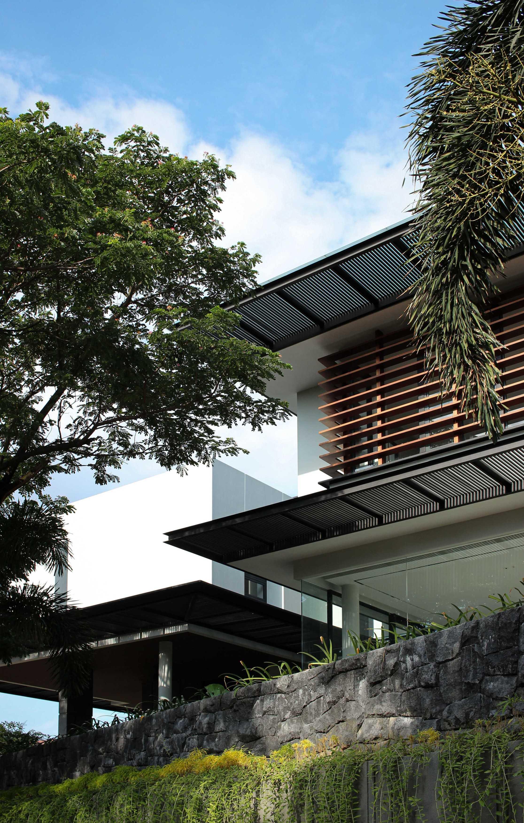 Y0 Design Architect R House Jeruk, Kec. Lakarsantri, Kota Sby, Jawa Timur 60212, Indonesia Jeruk, Kec. Lakarsantri, Kota Sby, Jawa Timur 60212, Indonesia Yohanes-Iswara-Limandjaya-R-House   121007