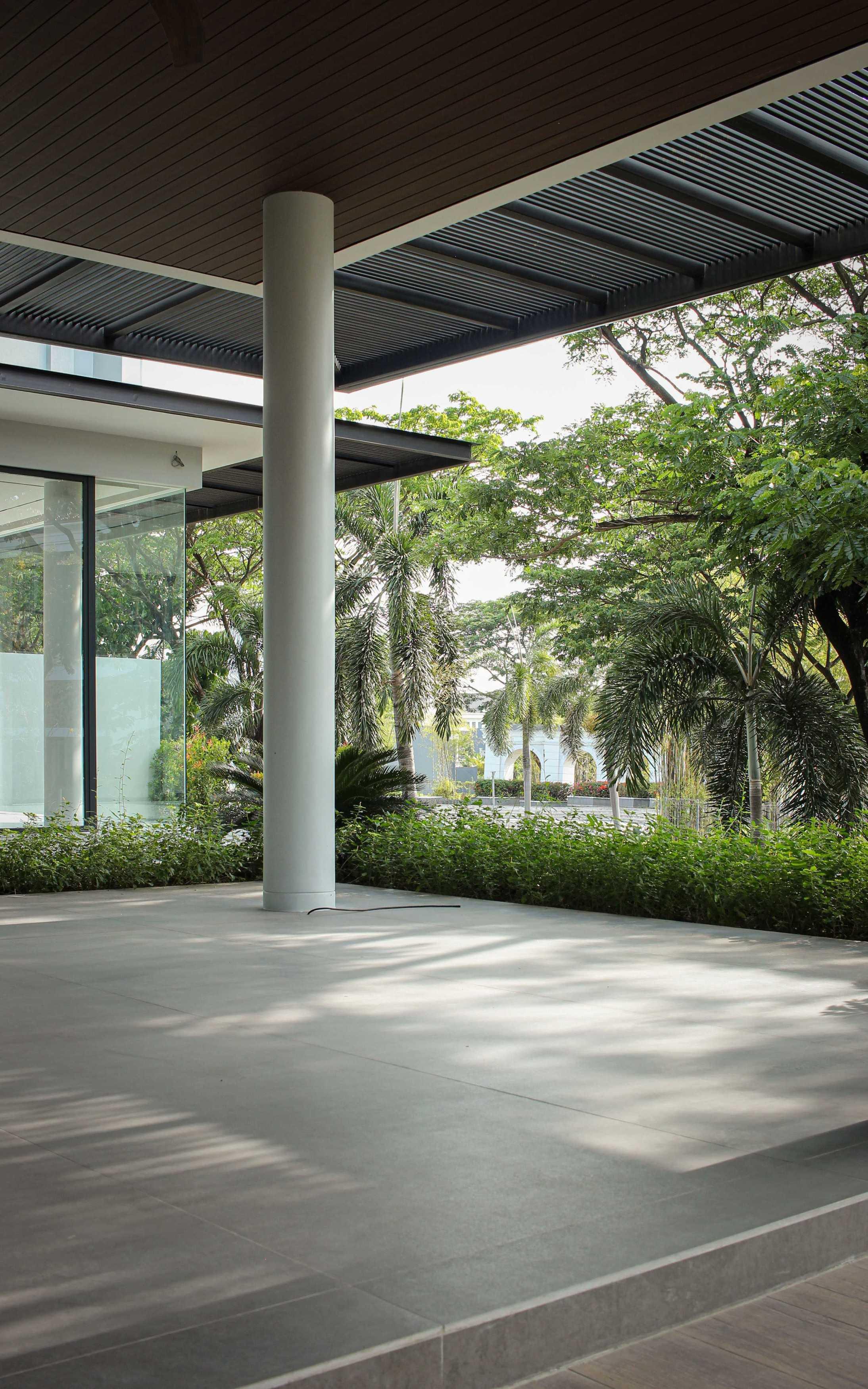 Y0 Design Architect R House Jeruk, Kec. Lakarsantri, Kota Sby, Jawa Timur 60212, Indonesia Jeruk, Kec. Lakarsantri, Kota Sby, Jawa Timur 60212, Indonesia Yohanes-Iswara-Limandjaya-R-House   121034