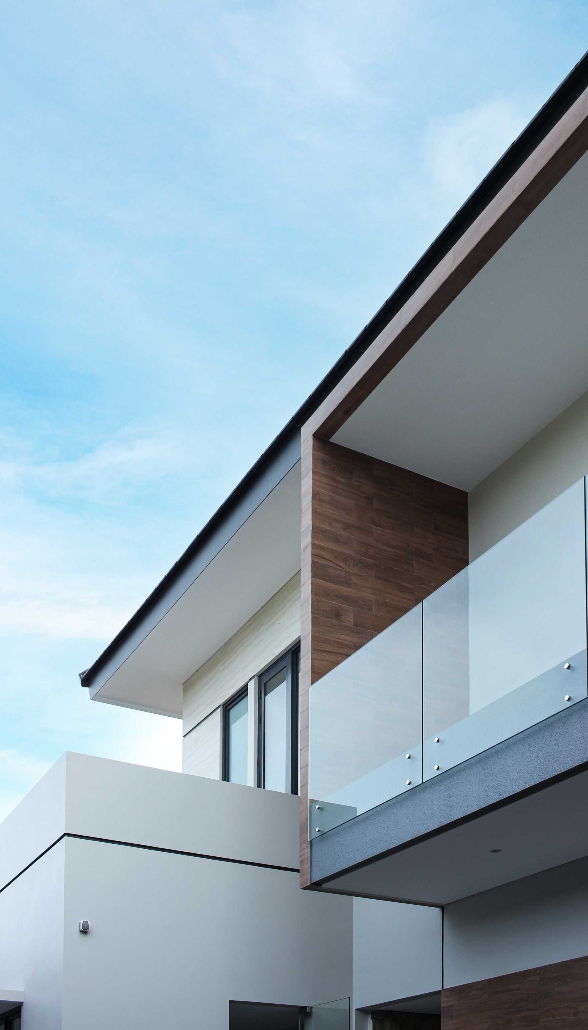 Y0 Design Architect S House Kec. Srono, Kabupaten Banyuwangi, Jawa Timur, Indonesia Kec. Srono, Kabupaten Banyuwangi, Jawa Timur, Indonesia Yohanes-Iswara-Limandjaya-S-House   121085